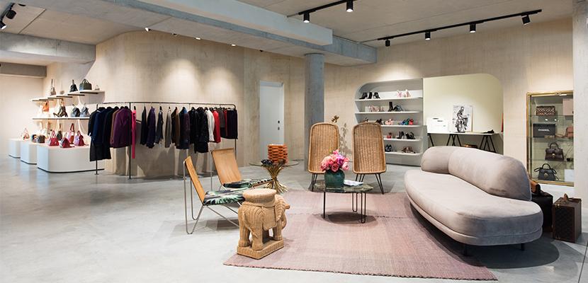 Vintage secondhand shop Labellov showroom Verlatstraat in Antwerp