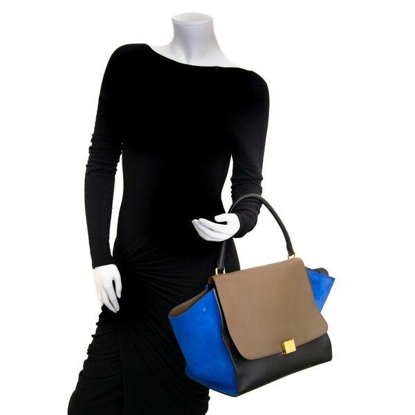 Koop veilig online tegen de beste prijs Celine Calfskin Medium Trapeze handtas