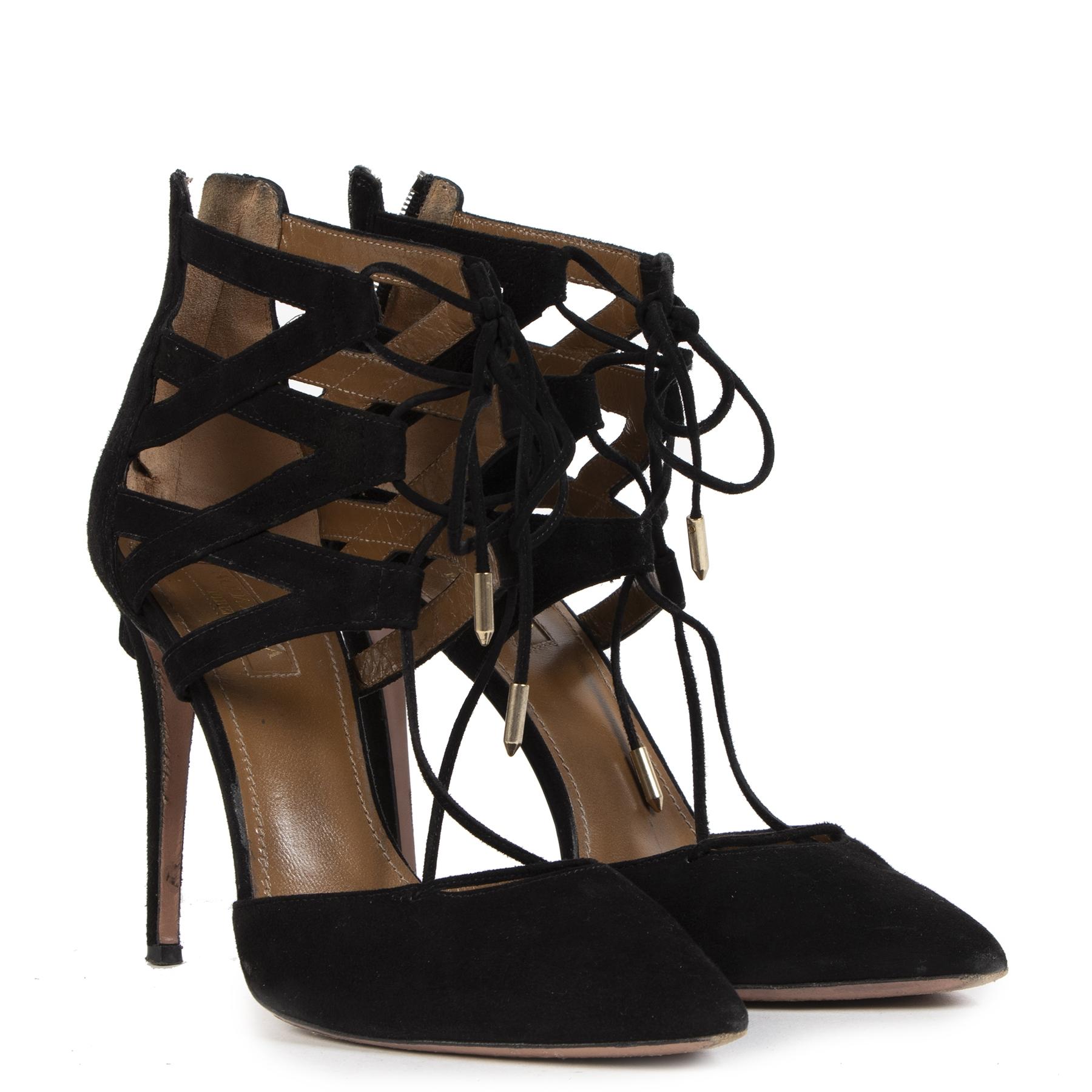 Koop en verkoop uw authentieke designer shoes aan de beste prij sbij Labellov