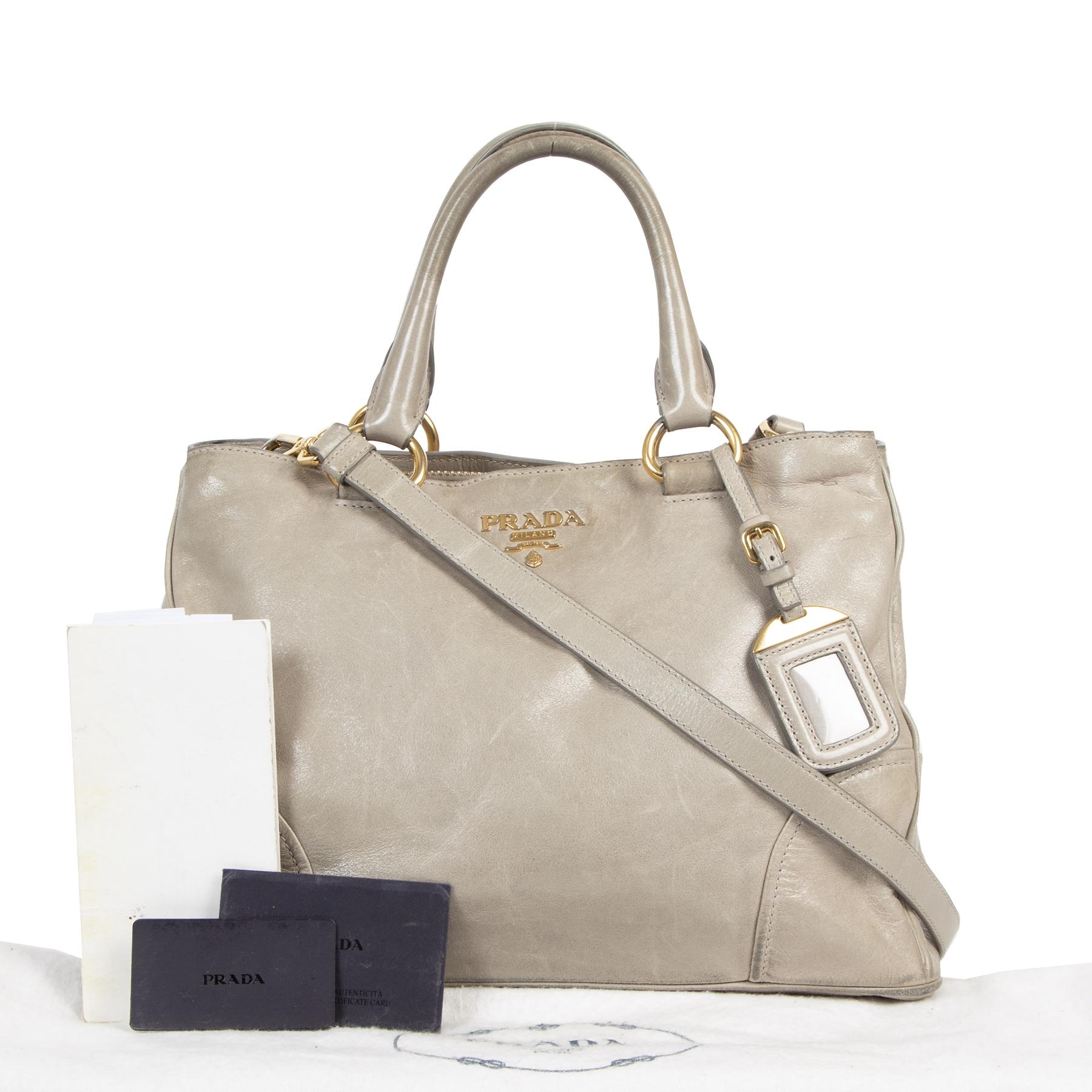 koop jou tweedehands Prada Grey Shine Shopping Tote