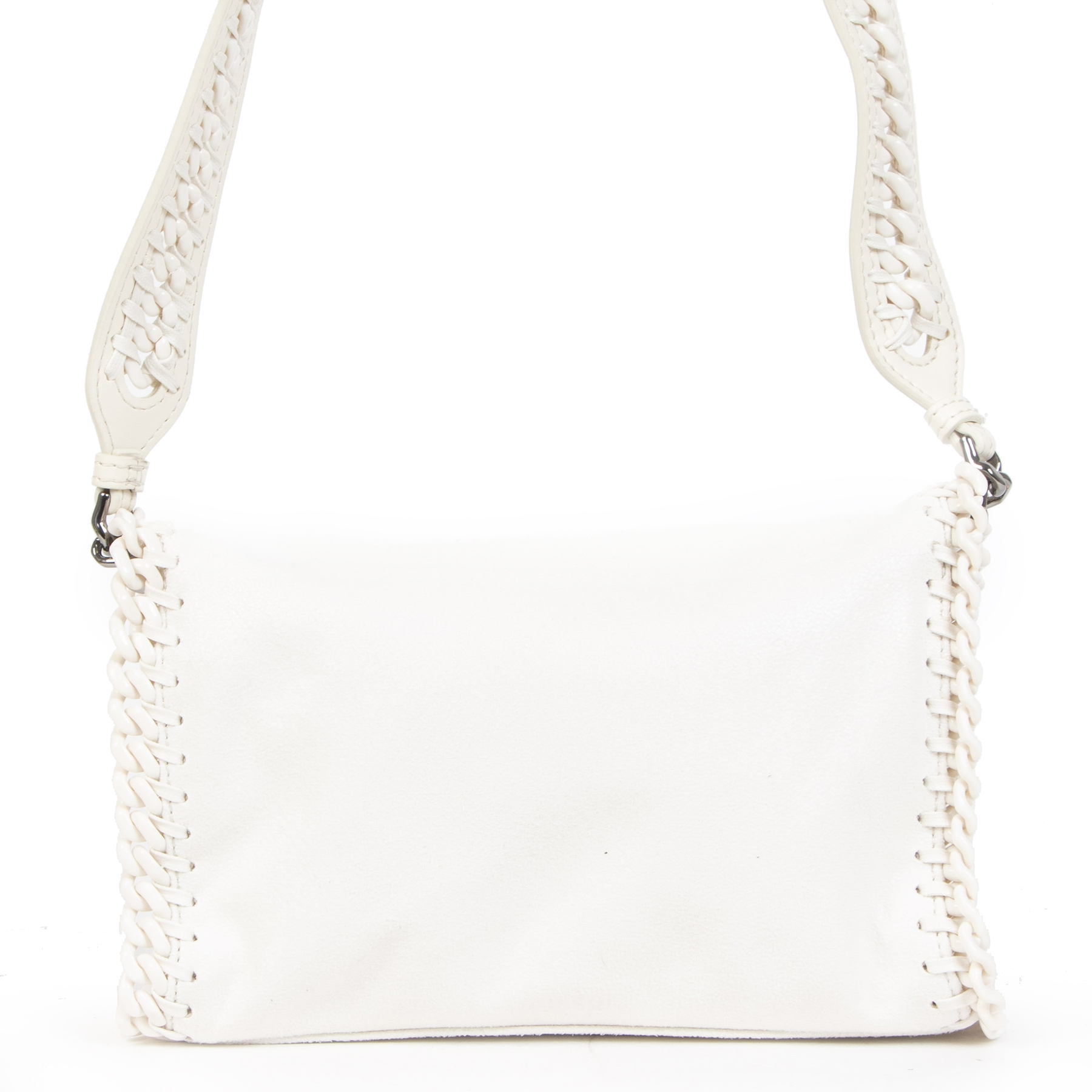 Buy authentic secondhand Stella McCartney White Falabella Candy Mini shoulder bag at the right price at LabelLOV vintage webshop. Safe and secure online shopping. Koop authentieke tweedehands Stella McCartney White Falabella Candy Mini shoulder bag met de