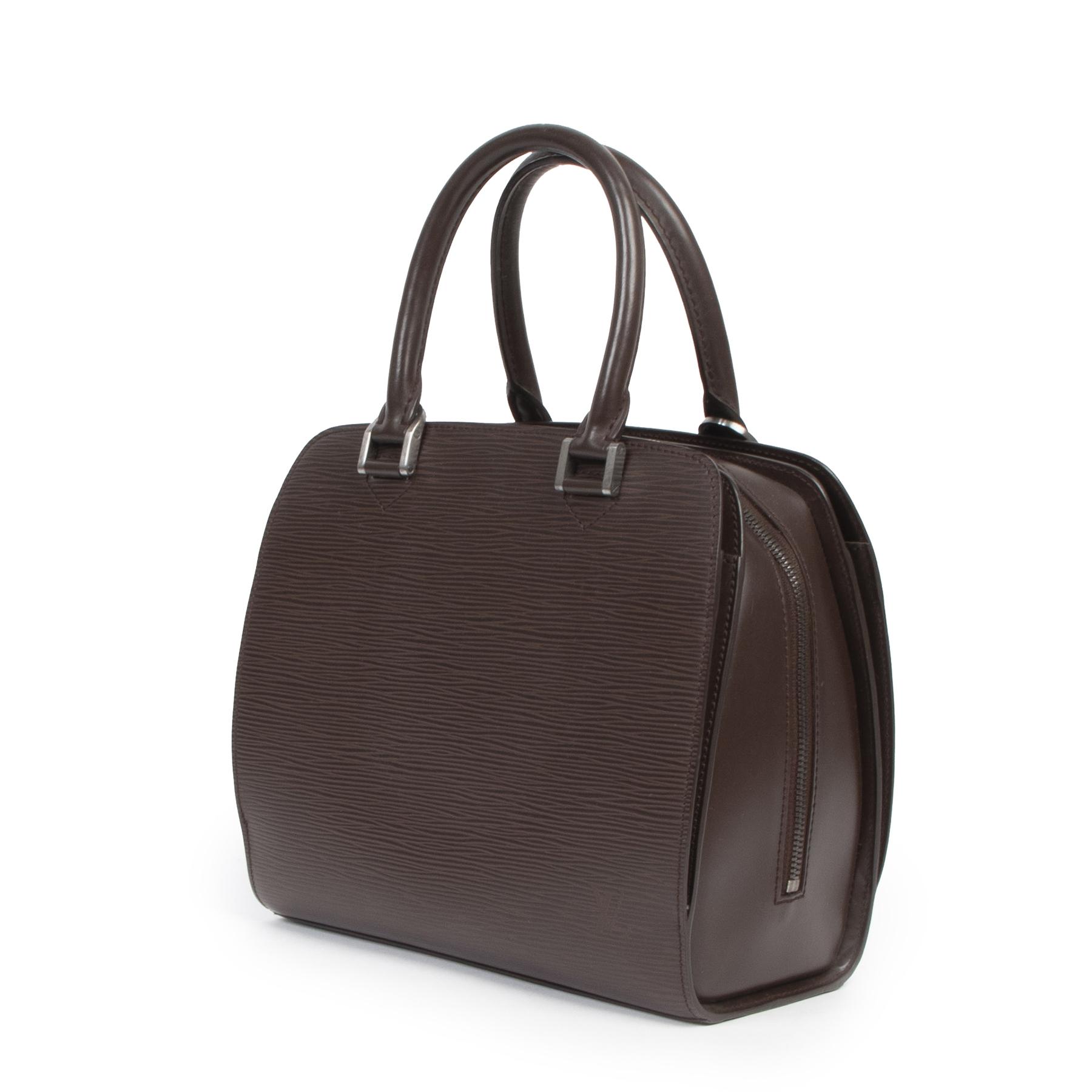 Authentic secondhand Louis Vuitton Brown Pont Neuf Epi Leather Bag designer bags fashion luxury vintage webshop safe secure online shopping