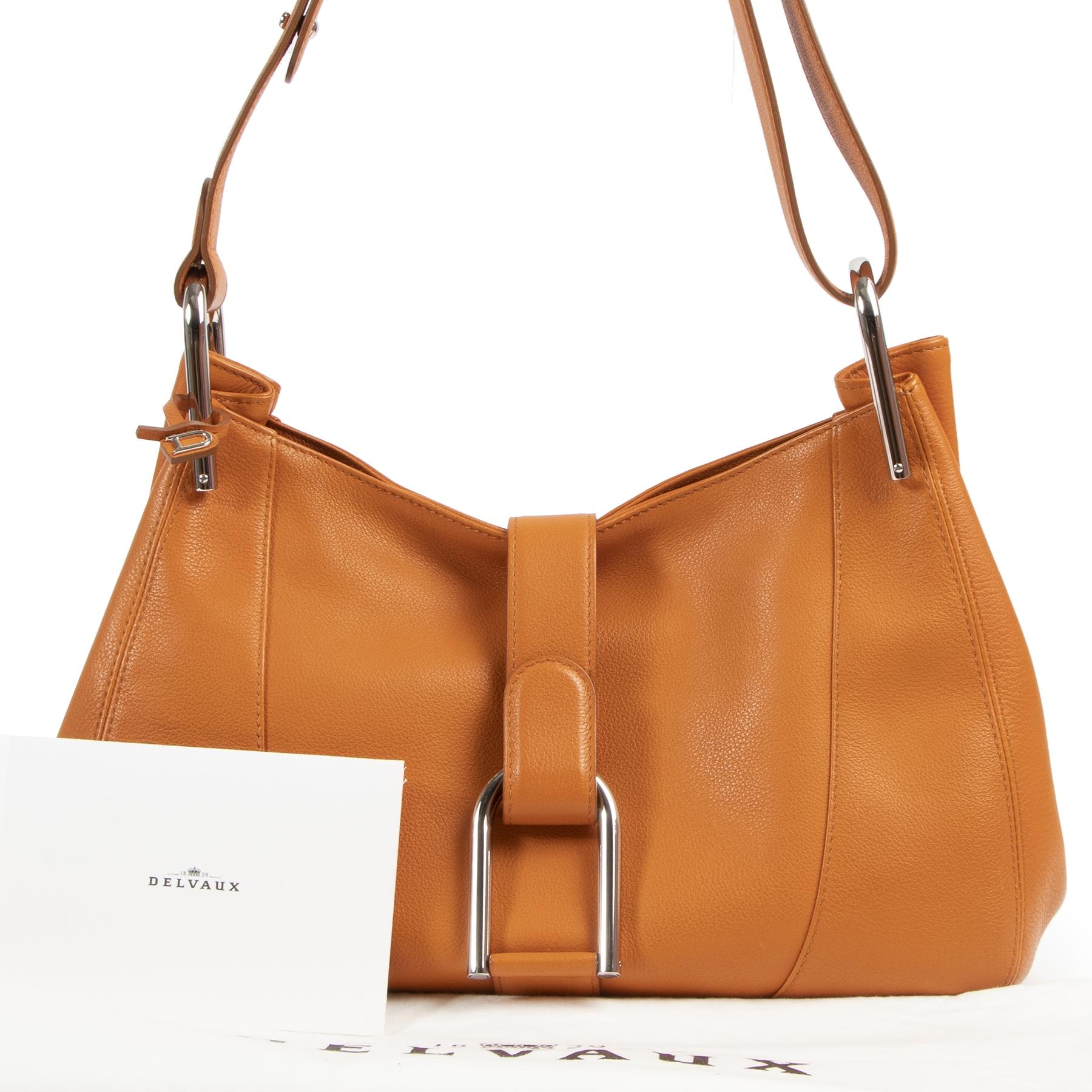 Authentic secondhand Delvaux Orange Chablis Shoulder Bag designer bags fashion luxury vintage webshop safe secure online shopping