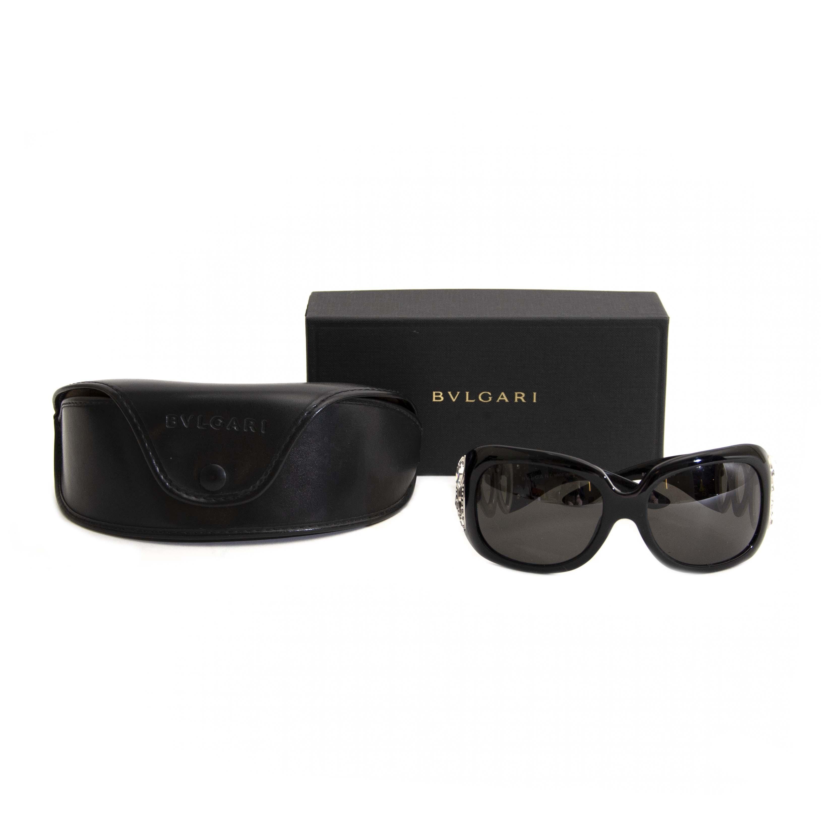 op zoek naar een zwarte Bulgari zonnebril? Nu te koop bij labellov.com