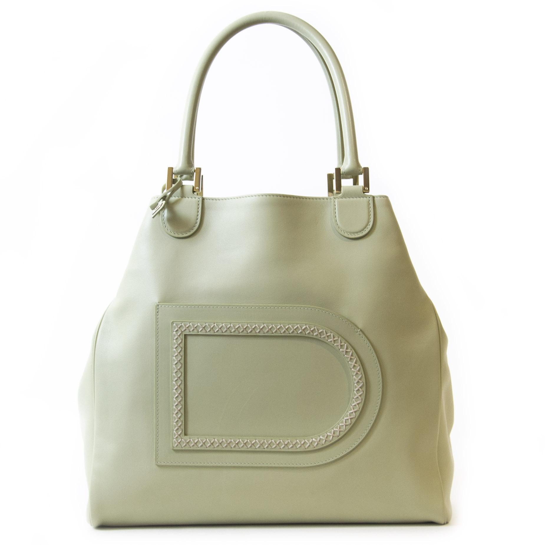 Authentieke tweedehands Delvaux Le Louise Mint Green Shoulder Bag juiste prijs veilig online winkelen LabelLOV webshop luxe merken winkelen Antwerpen België mode fashion