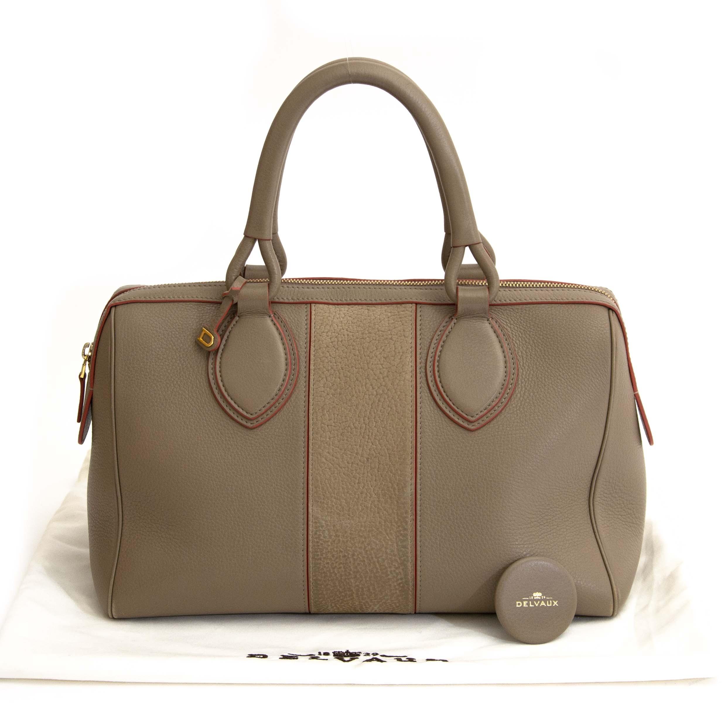 262cc7dccbcd ... Koop en verkoop tweedehands vintage delvaux handtassen antwerpen ·  Delvaux