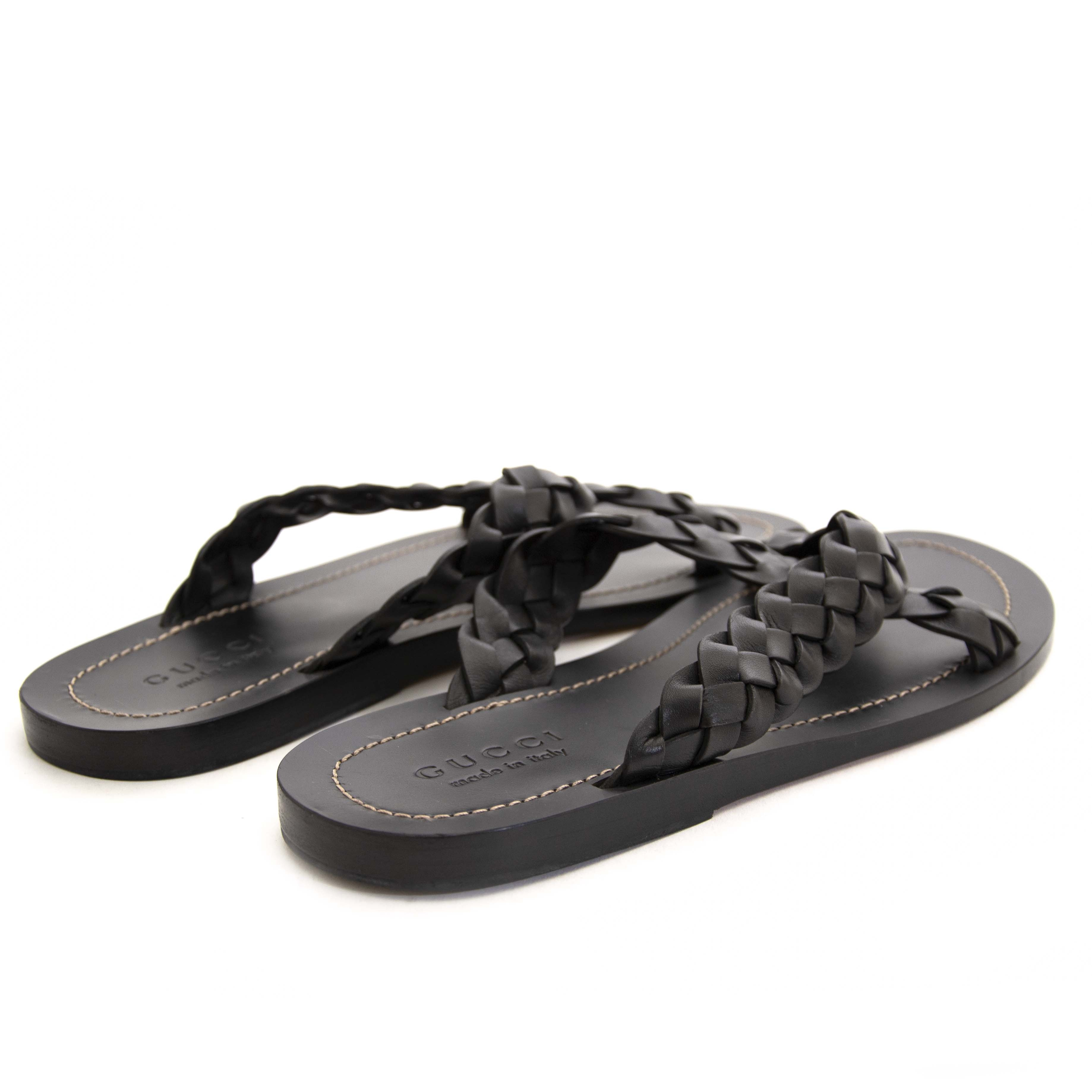 8a5a62e0b87 Buy authentic secondhand Gucci shoes at Gucci Black Leather Crossover  Slides Unisex - Size 41. Buy authentic secondhand Gucci shoes at