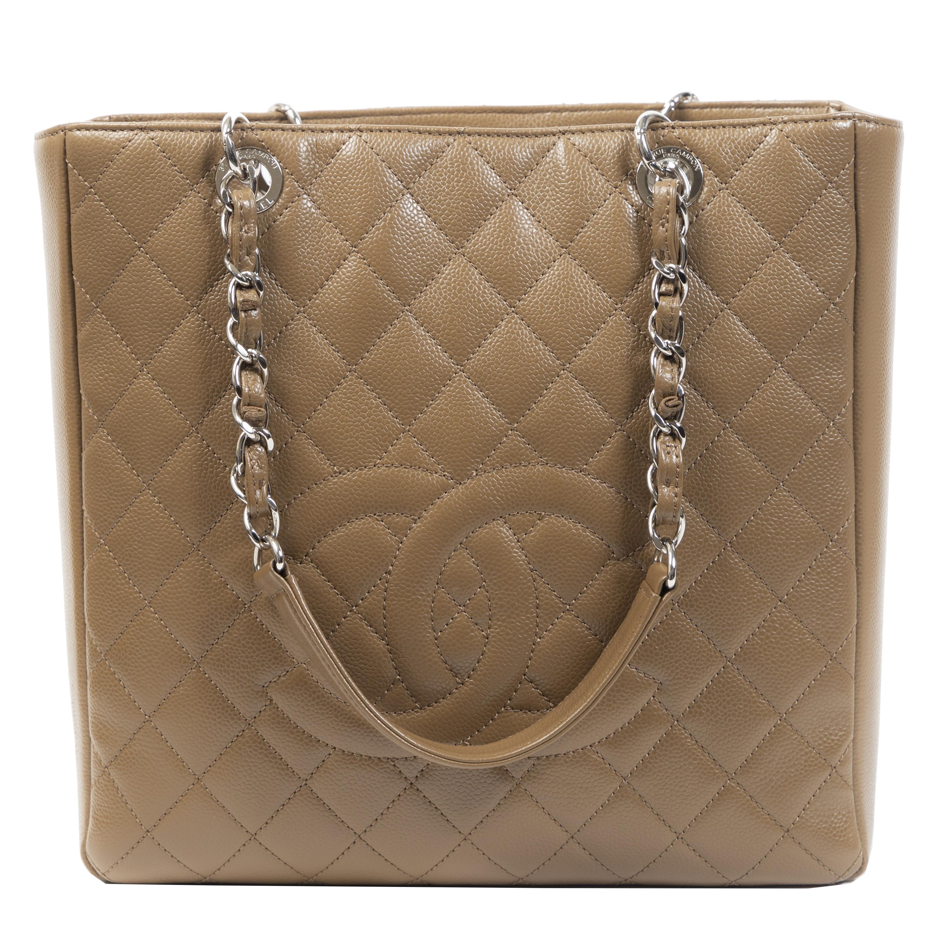 Authentieke Tweedehands Chanel Taupe Quilted Leather Grand Shopper Tote juiste prijs veilig online shoppen luxe merken webshop winkelen Antwerpen België mode fashion
