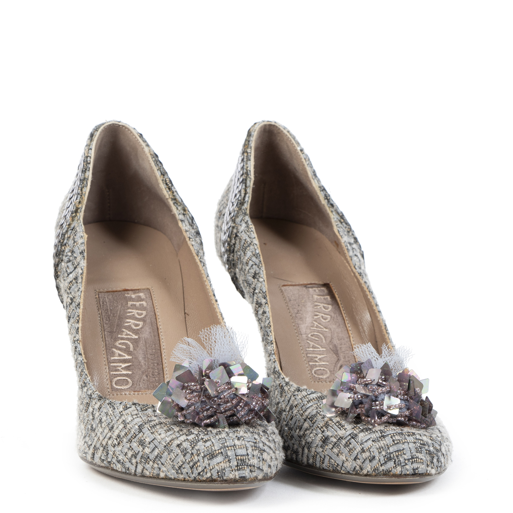 Authentic second-hand vintage Ferragamo Grey Tweed Pumps Size 37 buy online webshop LabelLOV