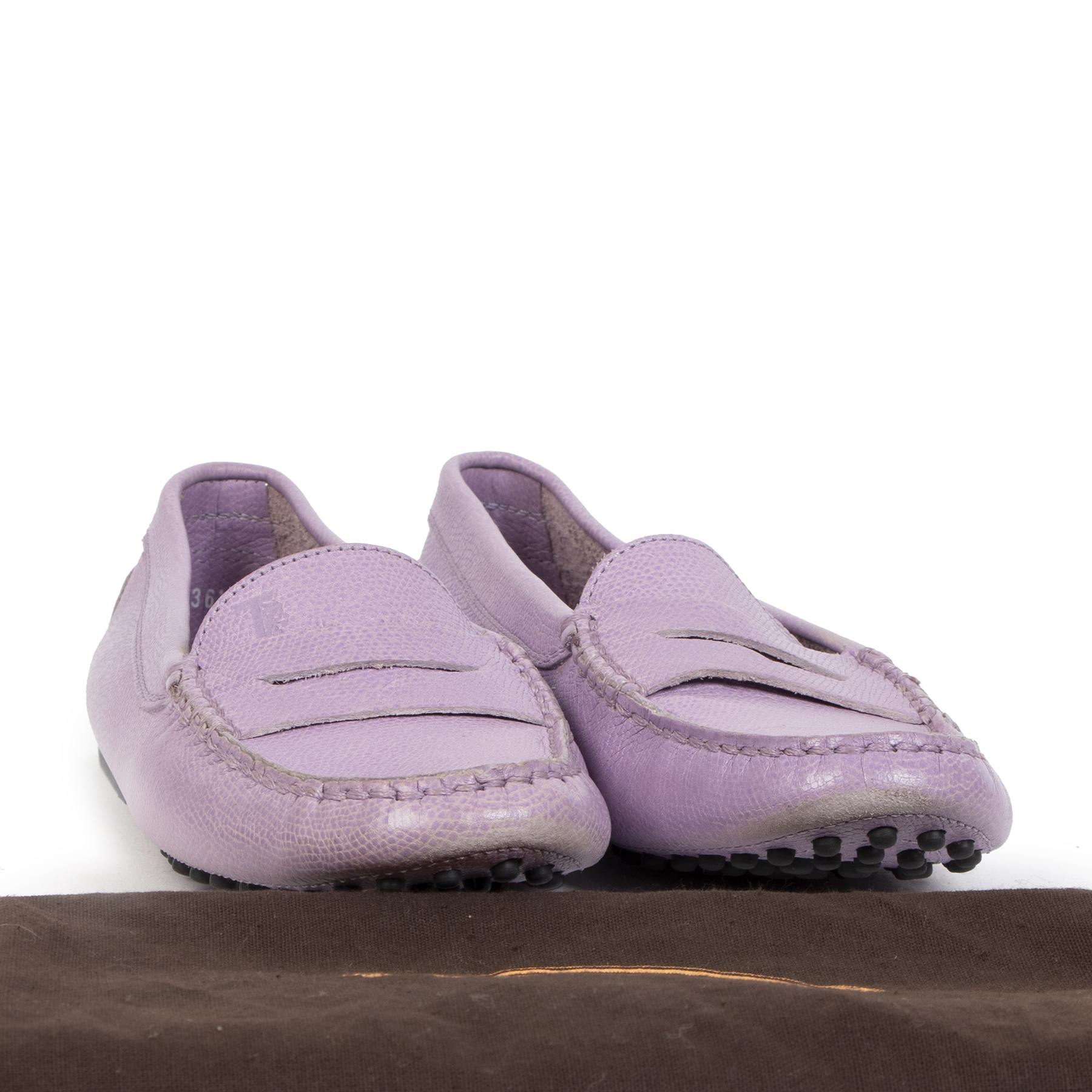 We buy and sell your authentic Tod's Gommino Loafers Leather Light Purple - size 36
