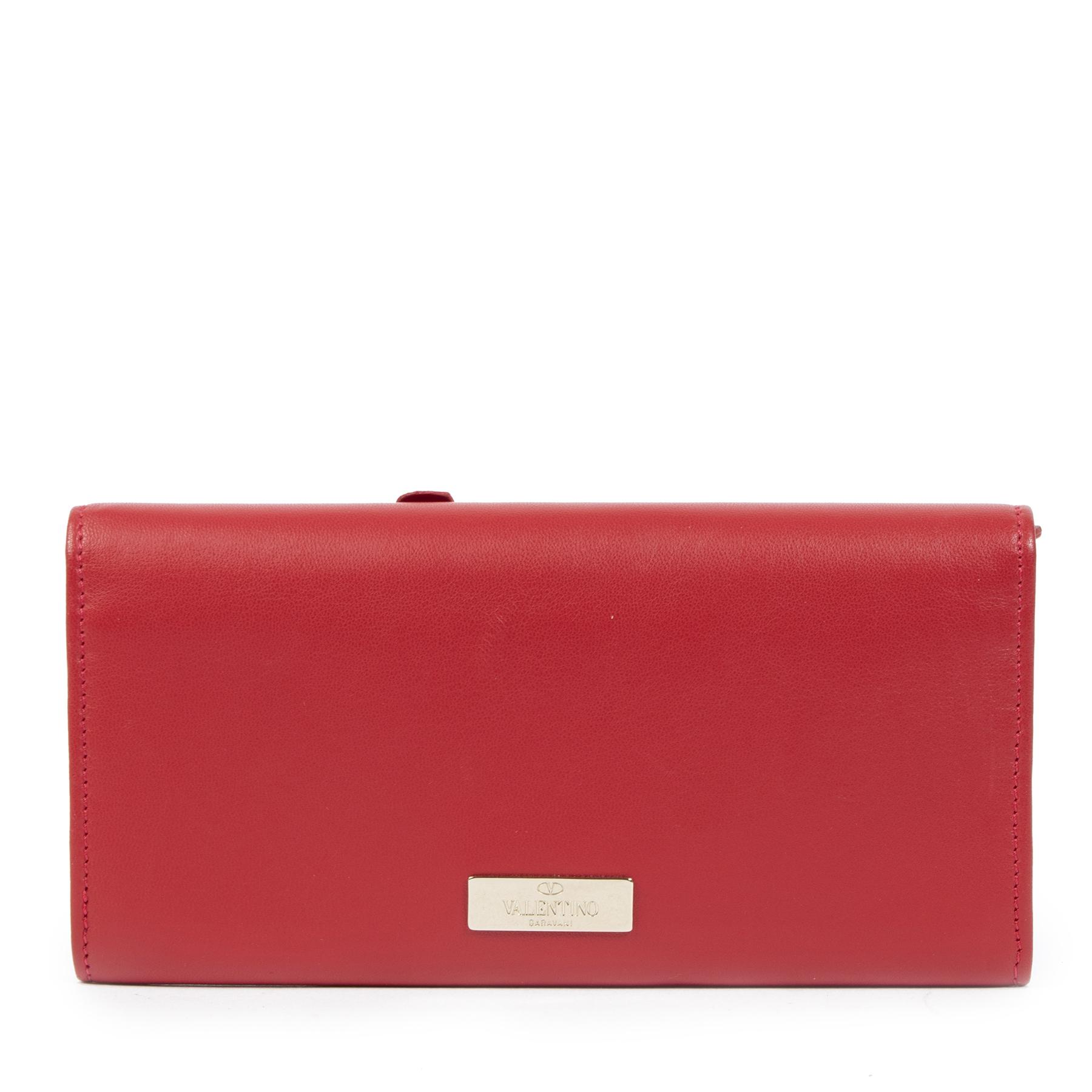 Valentino Red 3D Floral Wallet te koop