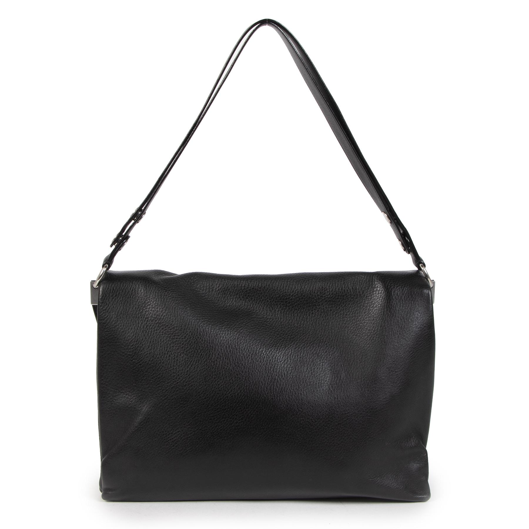 Authentieke Tweedehands Céline Blade Black Calfskin Flap Bag juiste prijs veilig online shoppen luxe merken webshop winkelen Antwerpen België mode fashion