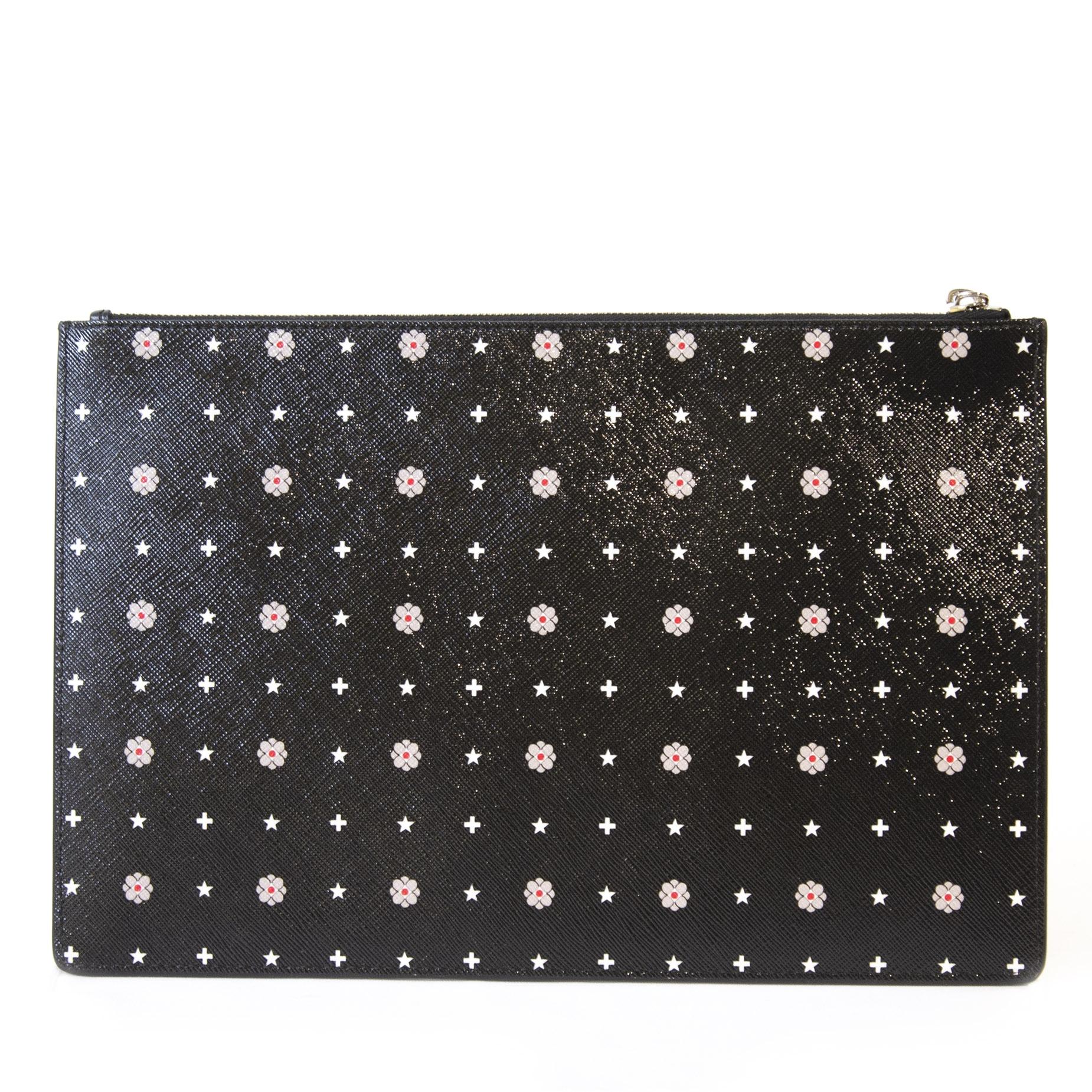 Authentieke tweedehands vintage Givenchy Floral Pouch  koop online webshop LabelLOV