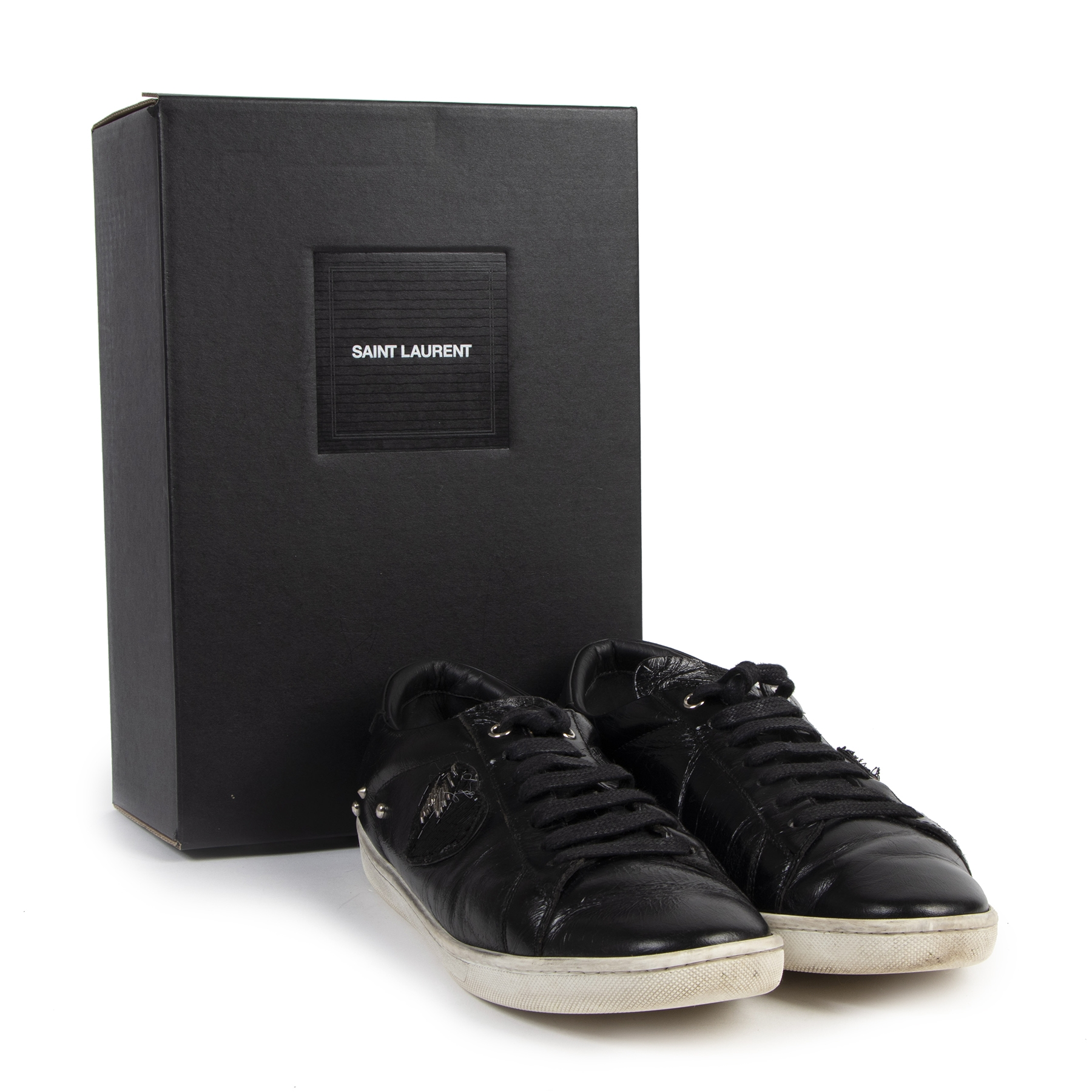 Authentic secondhand Saint Laurent Black Lightning Heart Patch Sneakers - Size 40 designer sneakers fashion luxury vintage webshop designer brands safe secure online shopping