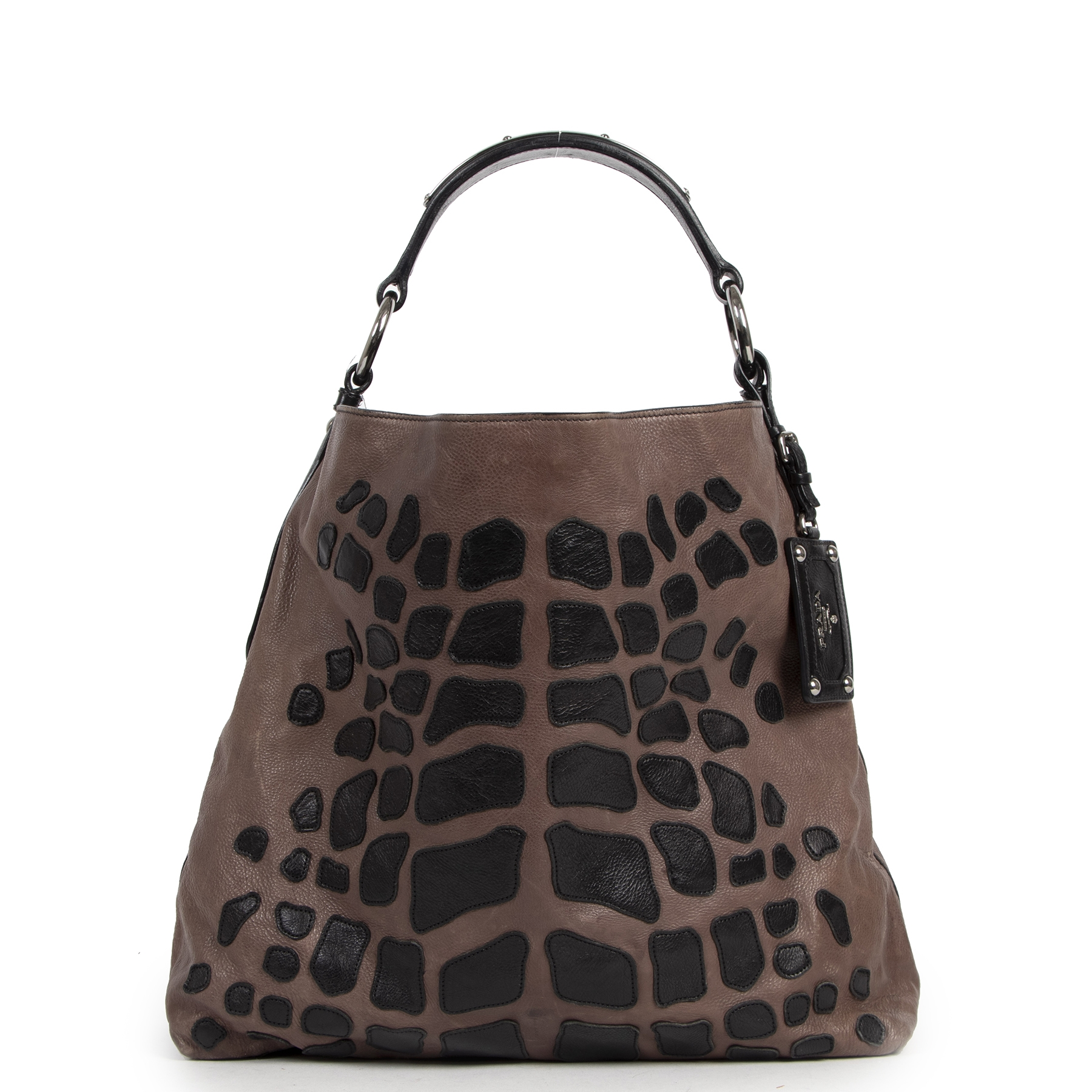 Buy authentic secondhand Prada bags at the right price at LabelLOV vintage webshop. Safe and secure online shopping.