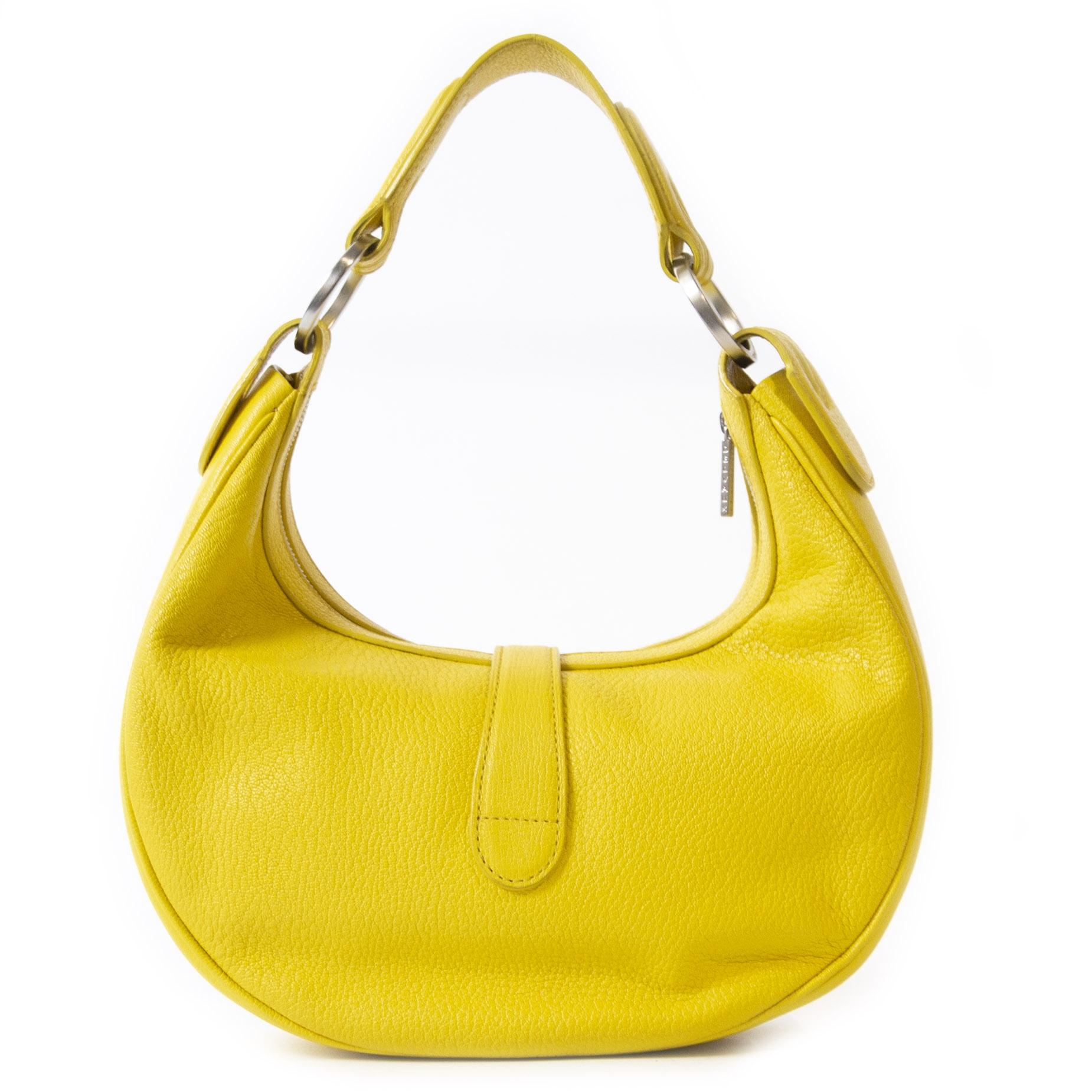 Authentieke Tweedehands Delvaux Camille Yellow Leather Shoulder bag juiste prijs veilig online winkelen luxe webshop winkelen Antwerpen België mode fashion