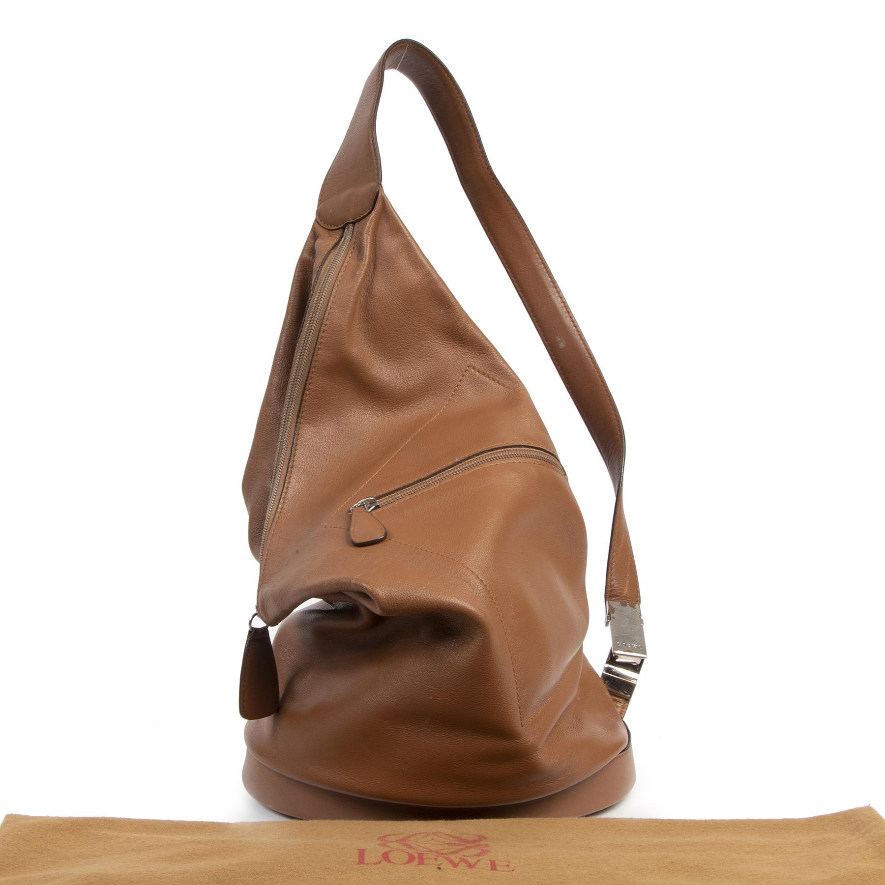 Authentieke tweedehands vintage Loewe Camel Rucksack koop online webshop LabelLOV