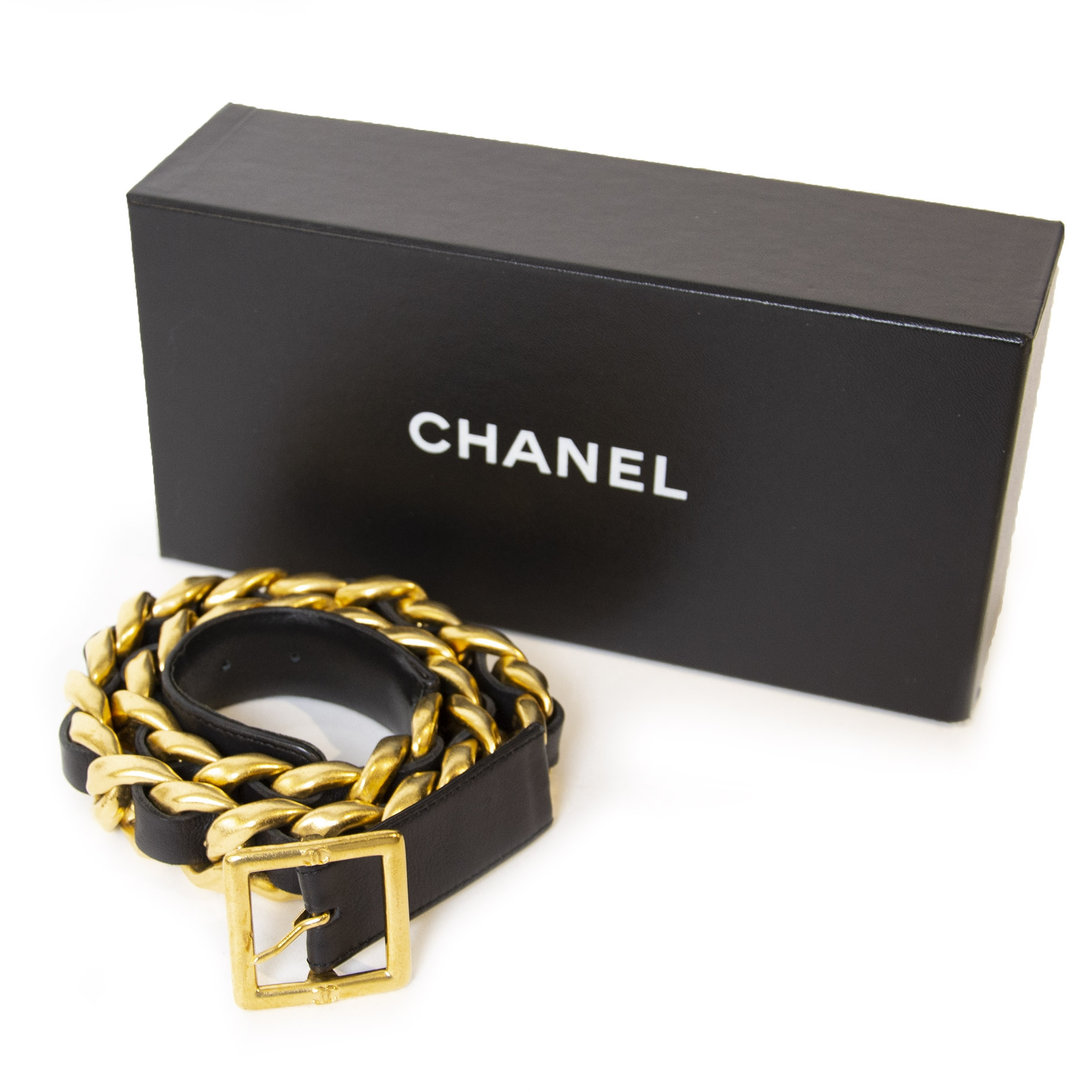 Chanel Black & Gold Heavy Belt  100% authentic for the best price at Labellov secondhand luxury