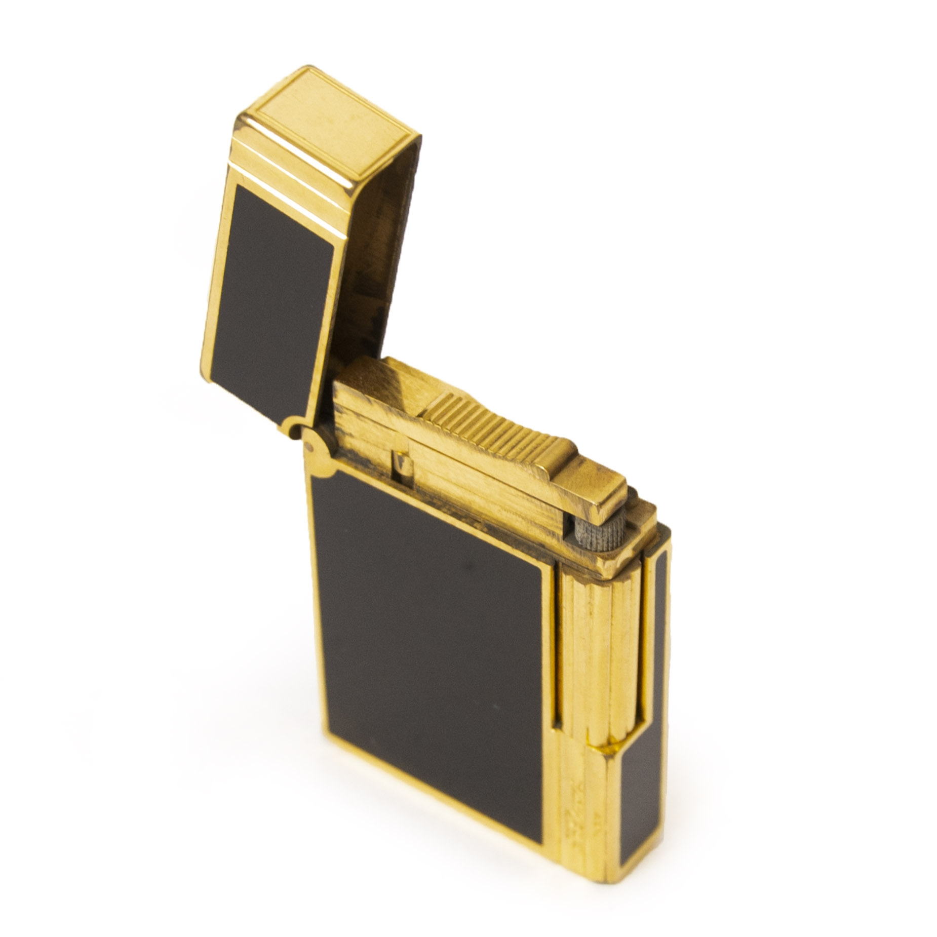 Authentieke tweedehands S.T. Dupont Black & Gold Line 2 Lighter juiste prijs veilig online winkelen LabelLOV webshop luxe merken winkelen Antwerpen België mode fashion
