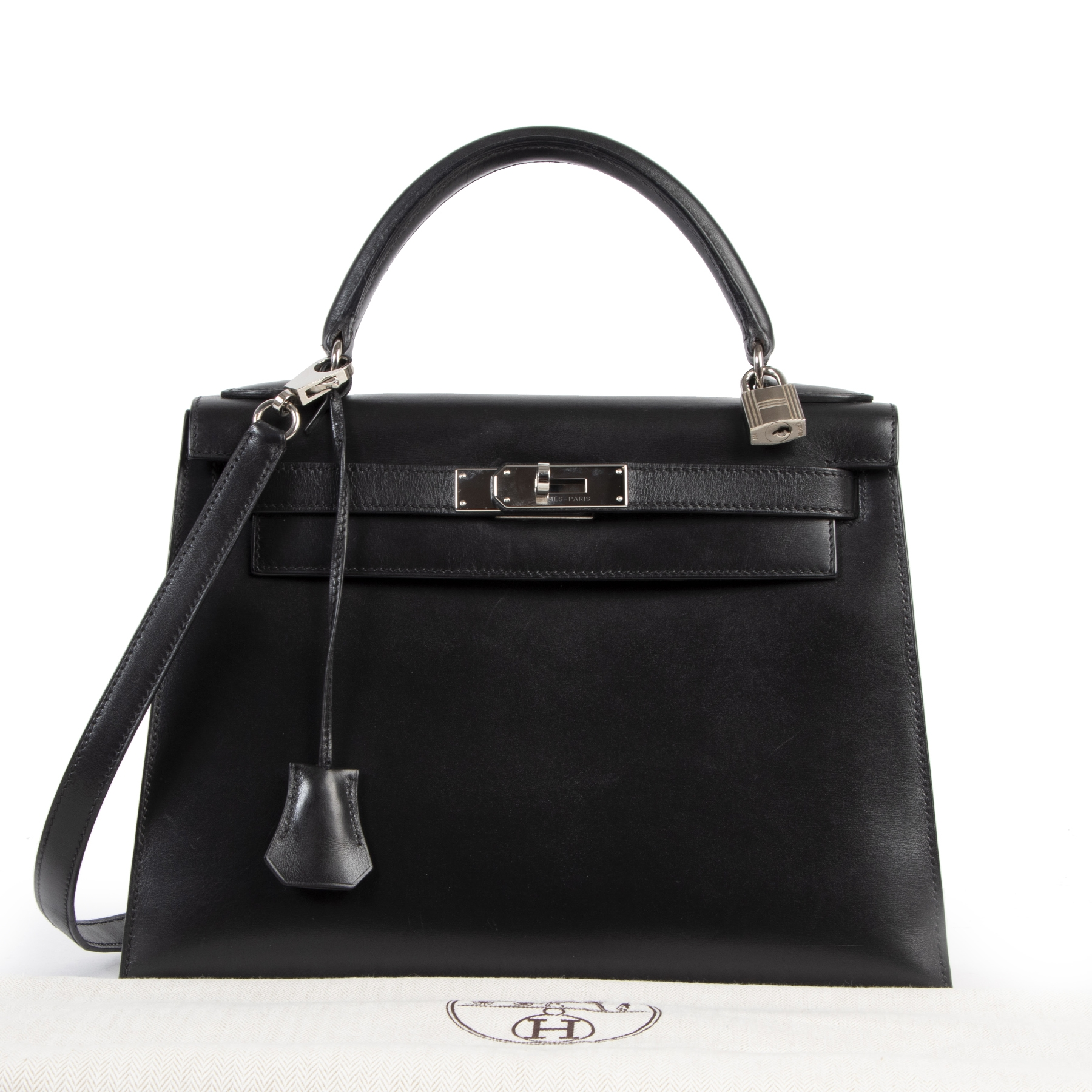 Authentic secondhand Hermes Kelly 28 Black Boxcalf + Strap designer bags fashion luxury vintage webshop safe secure online shopping high end brands