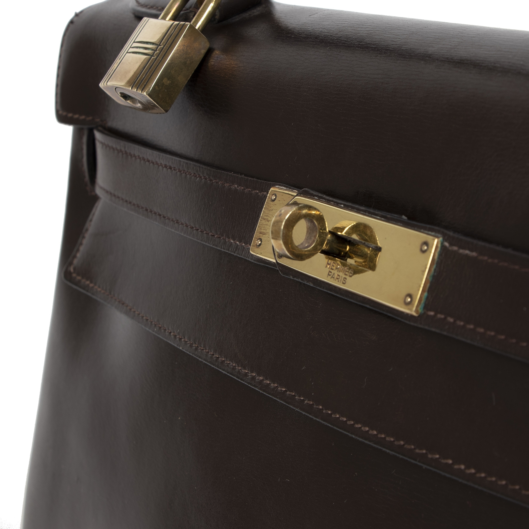 Hermès Kelly 32 Brown Boxcalf Leather GHW Bag pour le meilleur prix chez Labellov