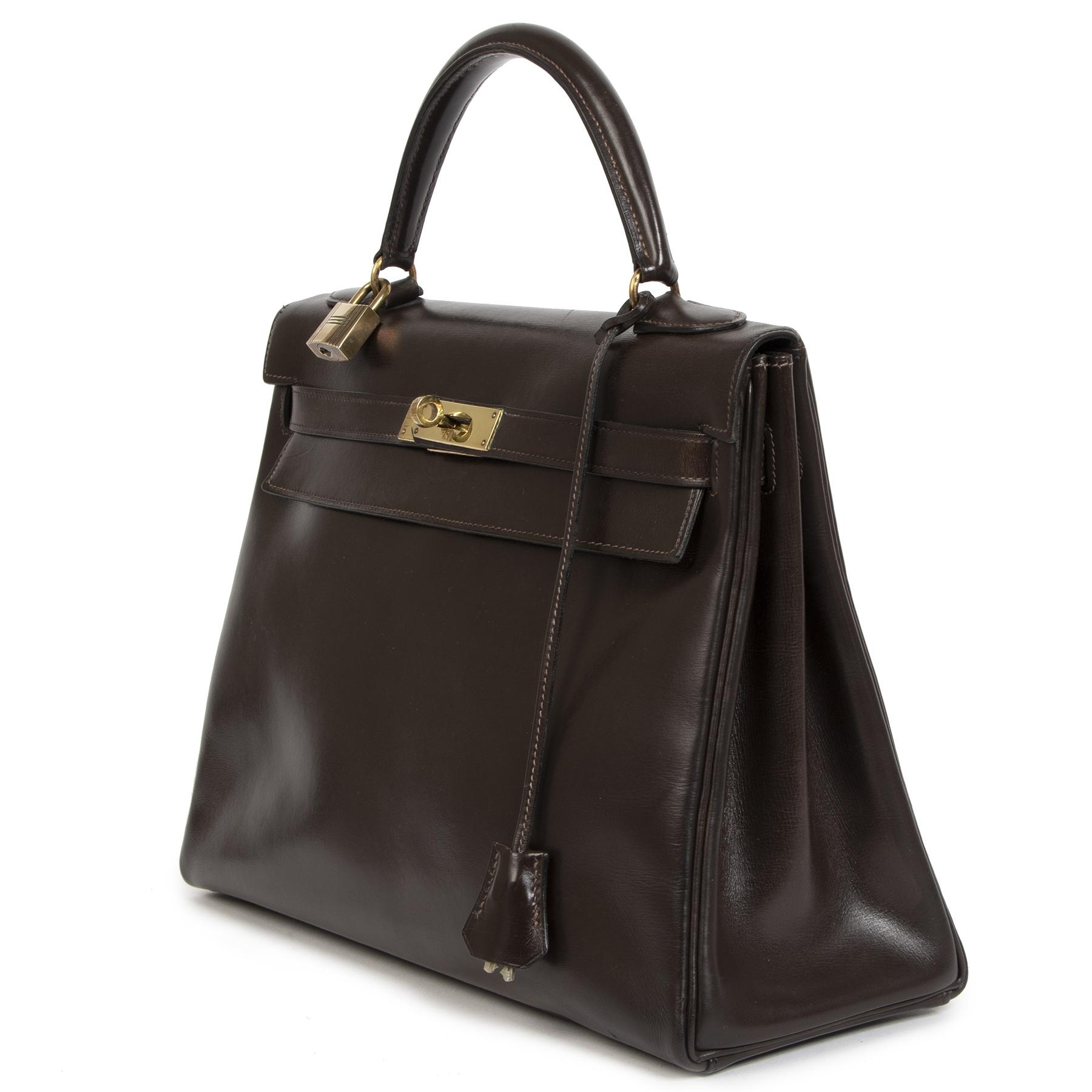 Hermès Kelly 32 Brown Boxcalf Leather GHW Bag te koop bij Labellov tweedehands luxe