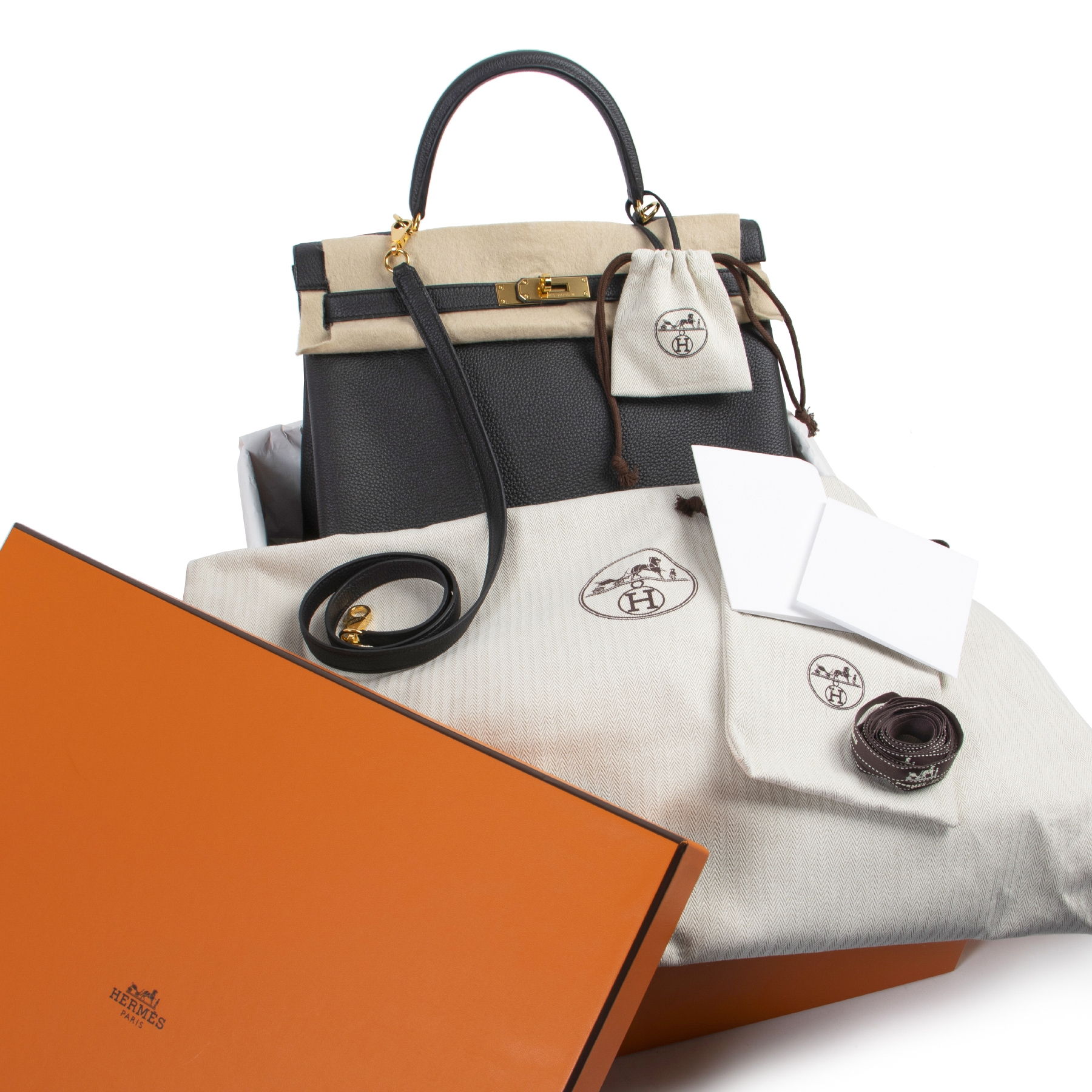 Buy and sell your designer bags online at Labellov secondhand luxury in Antwerp
