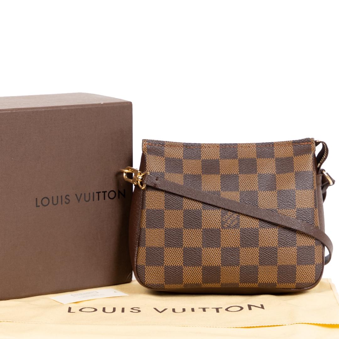 Koop en verkoop uw authentieke designer Louis Vuitton Damier Ebene Trousse Pochette