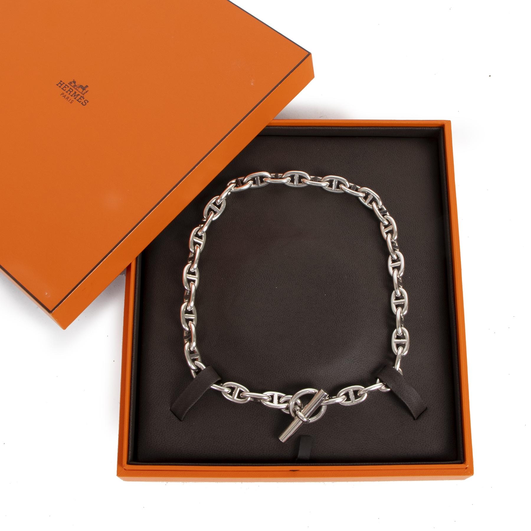 Koop authentieke tweedehands Hermes halskettingen met de juiste prijs bij LabelLOV.