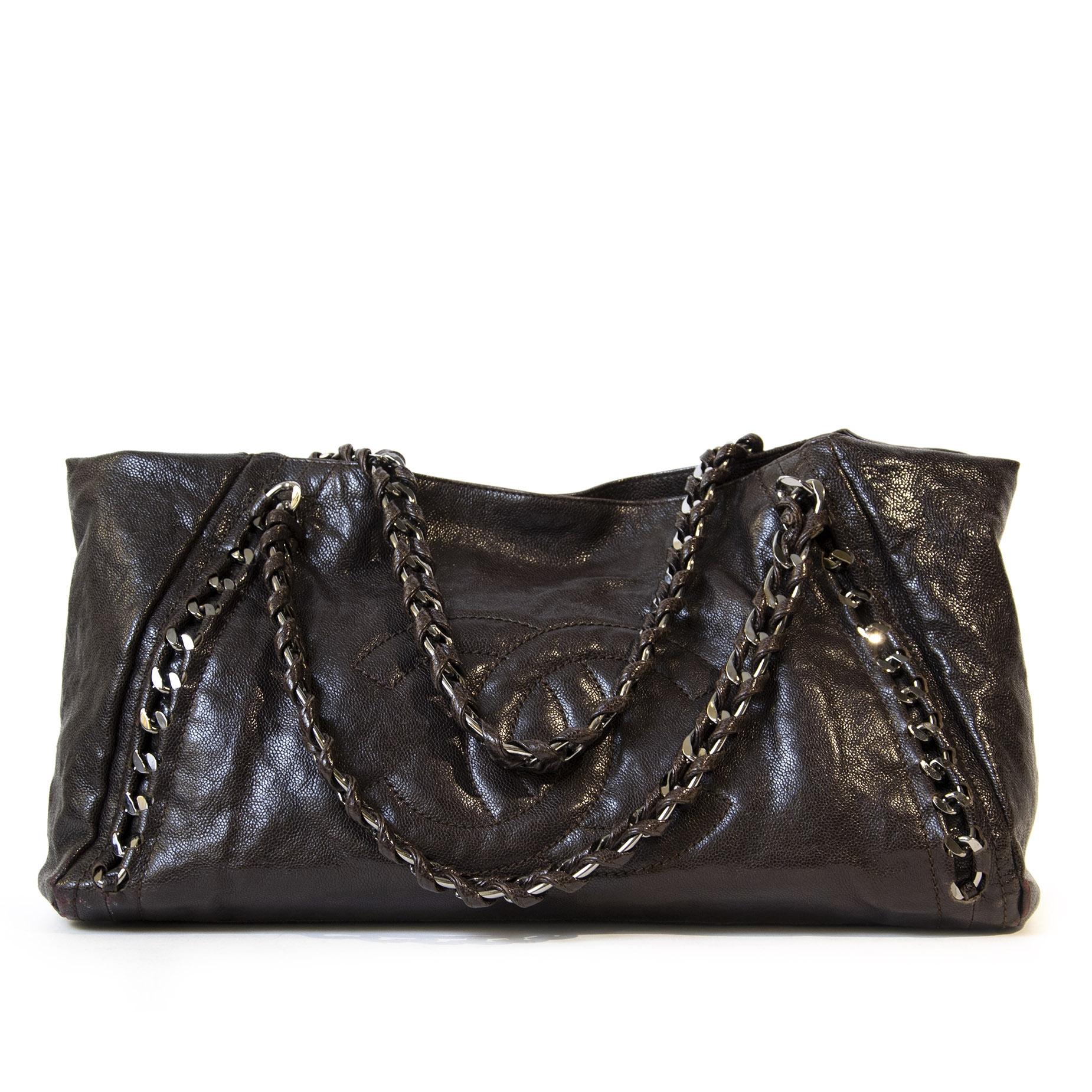 Authentieke tweedehands vintage Chanel Caviar Chain Shoulder Bag koop online webshop LabelLOV