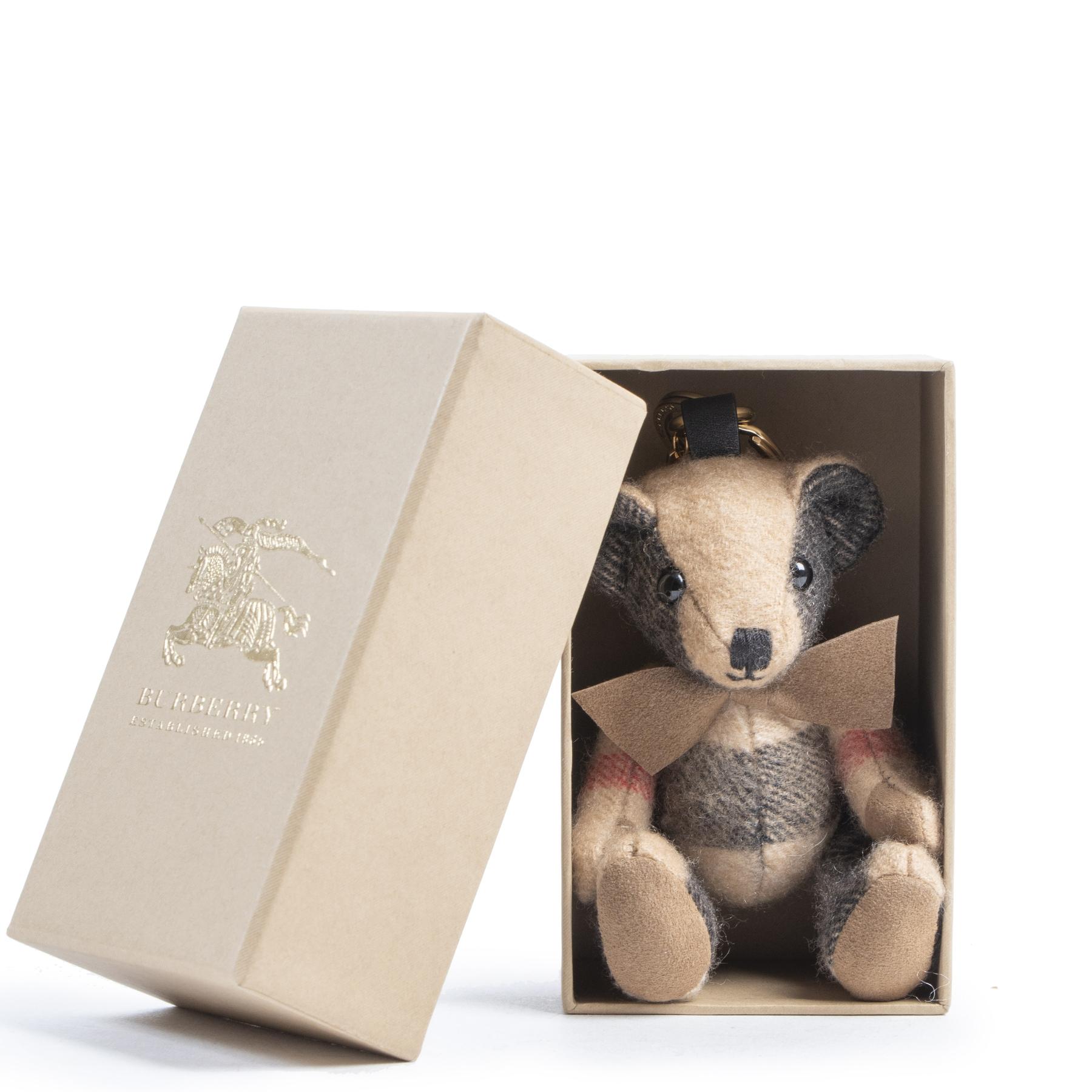 Authentieke tweedehands vintage Burberry Thomas Bear Keychain koop online webshop LabelLOV
