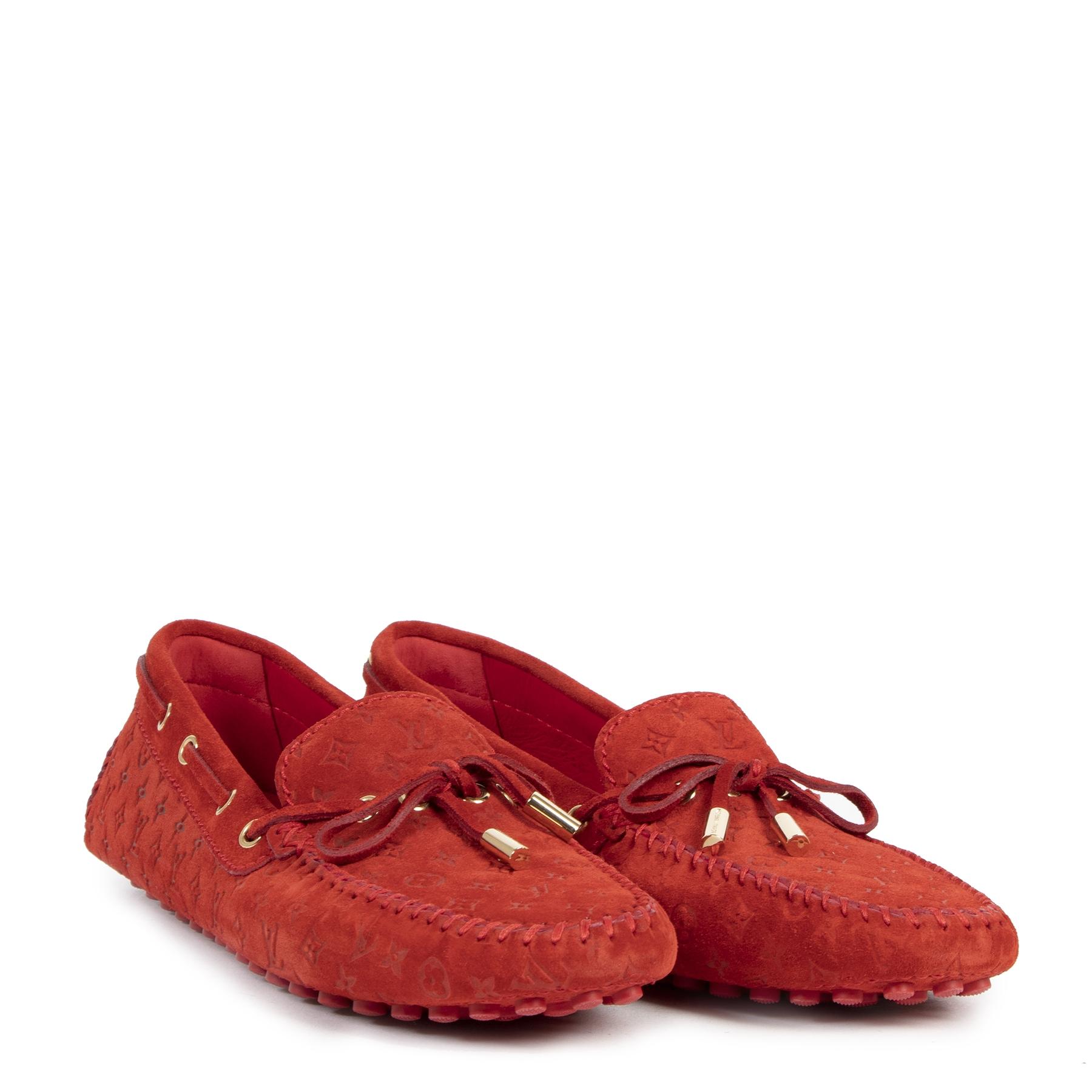 Authentieke tweedehands vintage Louis Vuitton Monogram Red Loafers - Size 40 koop online webshop LabelLOV