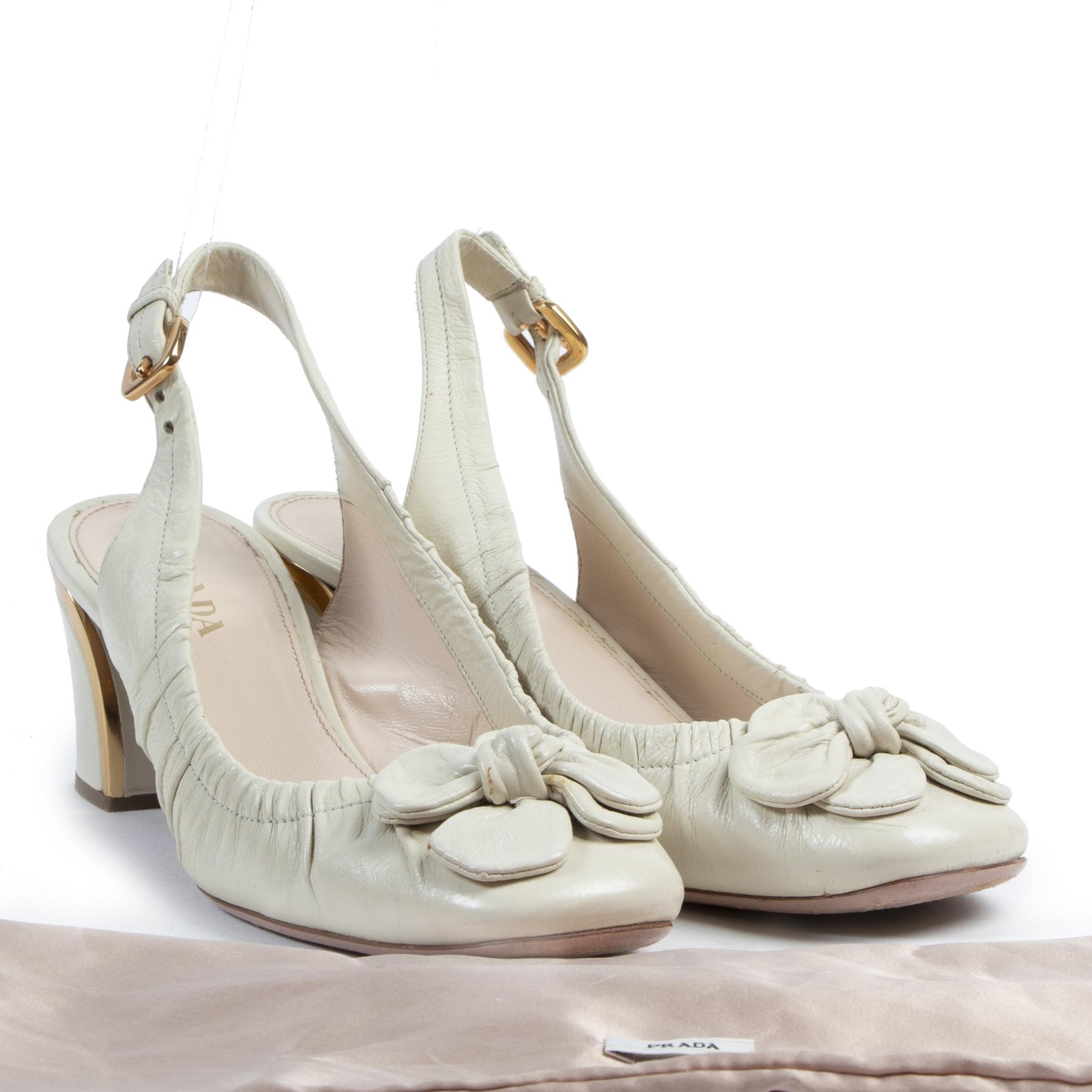Authentieke tweedehands vintage Prada Cream Slingback Heels - Size 40 koop online webshop LabelLOV