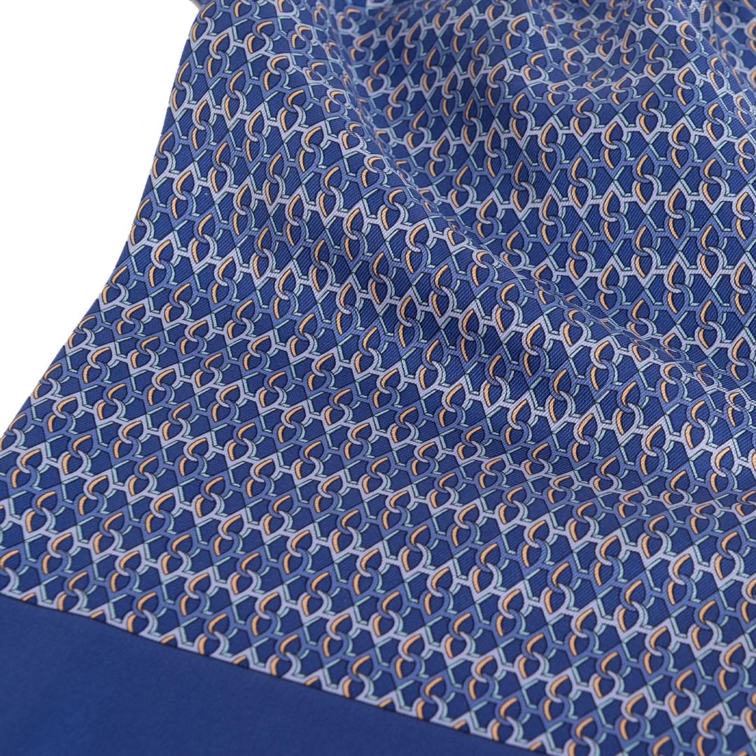 Authentieke Tweedehands Hermès Blue Pleated Scarf juiste prijs veilig online shoppen luxe merken webshop winkelen Antwerpen België mode fashion