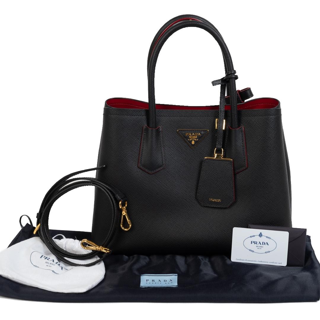 Bent u op zoek naar een authentieke Prada Black Saffiano Leather Bag