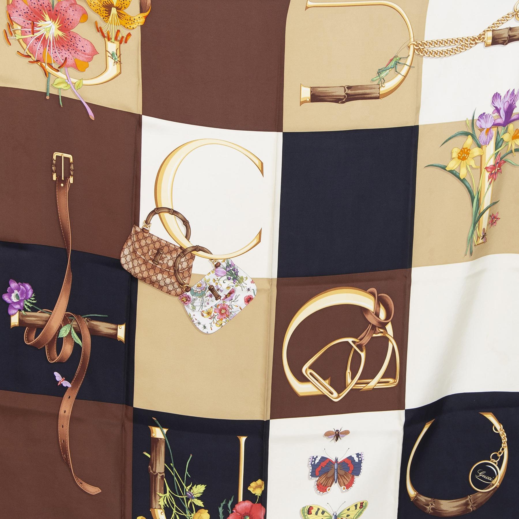 Authentieke Tweedehands Gucci Floral Checker Print Scarf juiste prijs veilig online shoppen luxe merken webshop winkelen Antwerpen België mode fashion