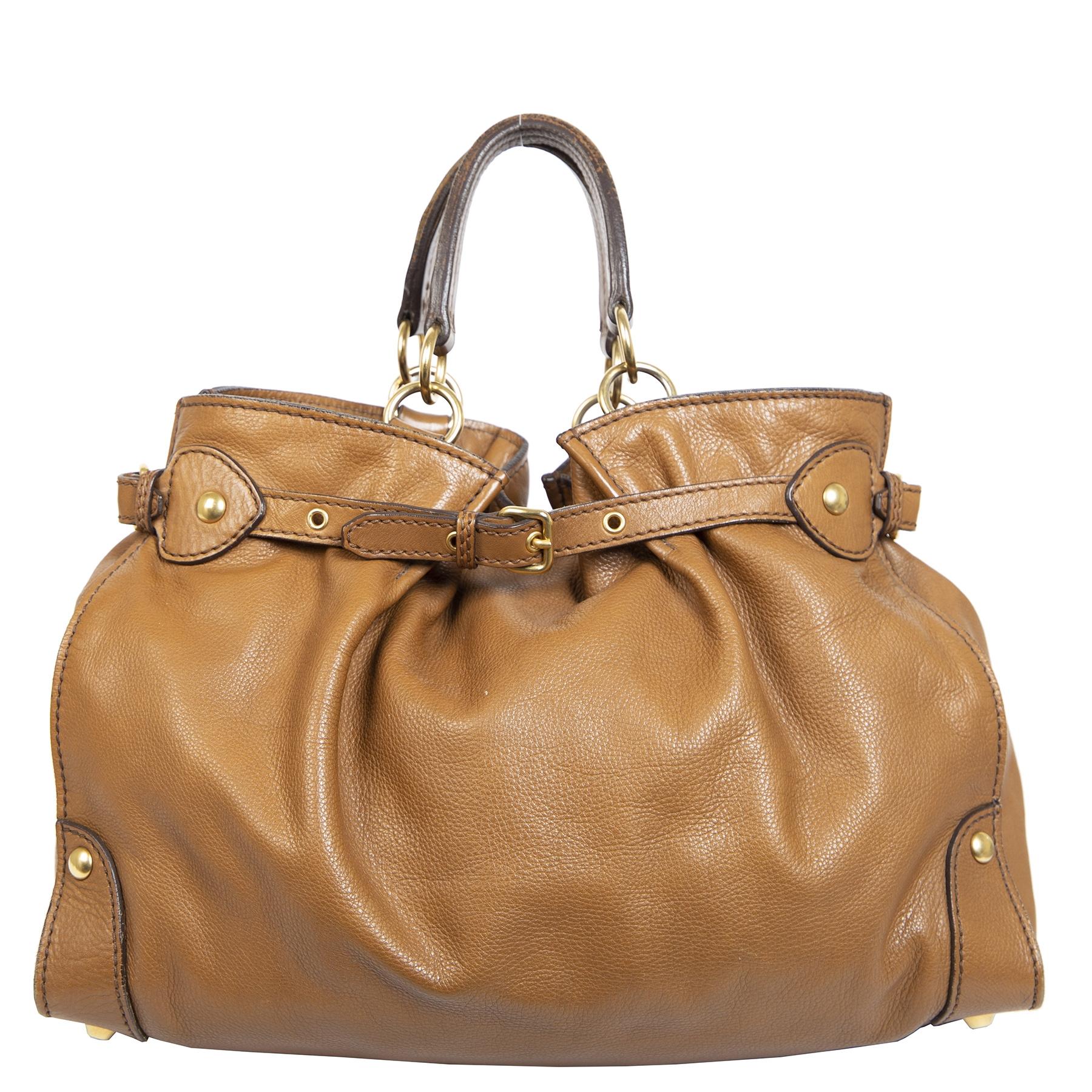 Authentieke Tweedehands Miu Miu Caramel Brown Leather Bag juiste prijs veilig online shoppen luxe merken webshop winkelen Antwerpen België mode fashion