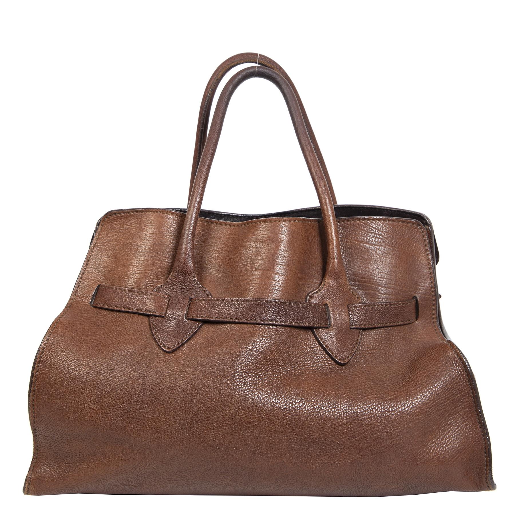 Authentieke Tweedehands Miu Miu Dark Brown Leather Top Handle Bag juiste prijs veilig online shoppen luxe merken webshop winkelen Antwerpen België mode fashion