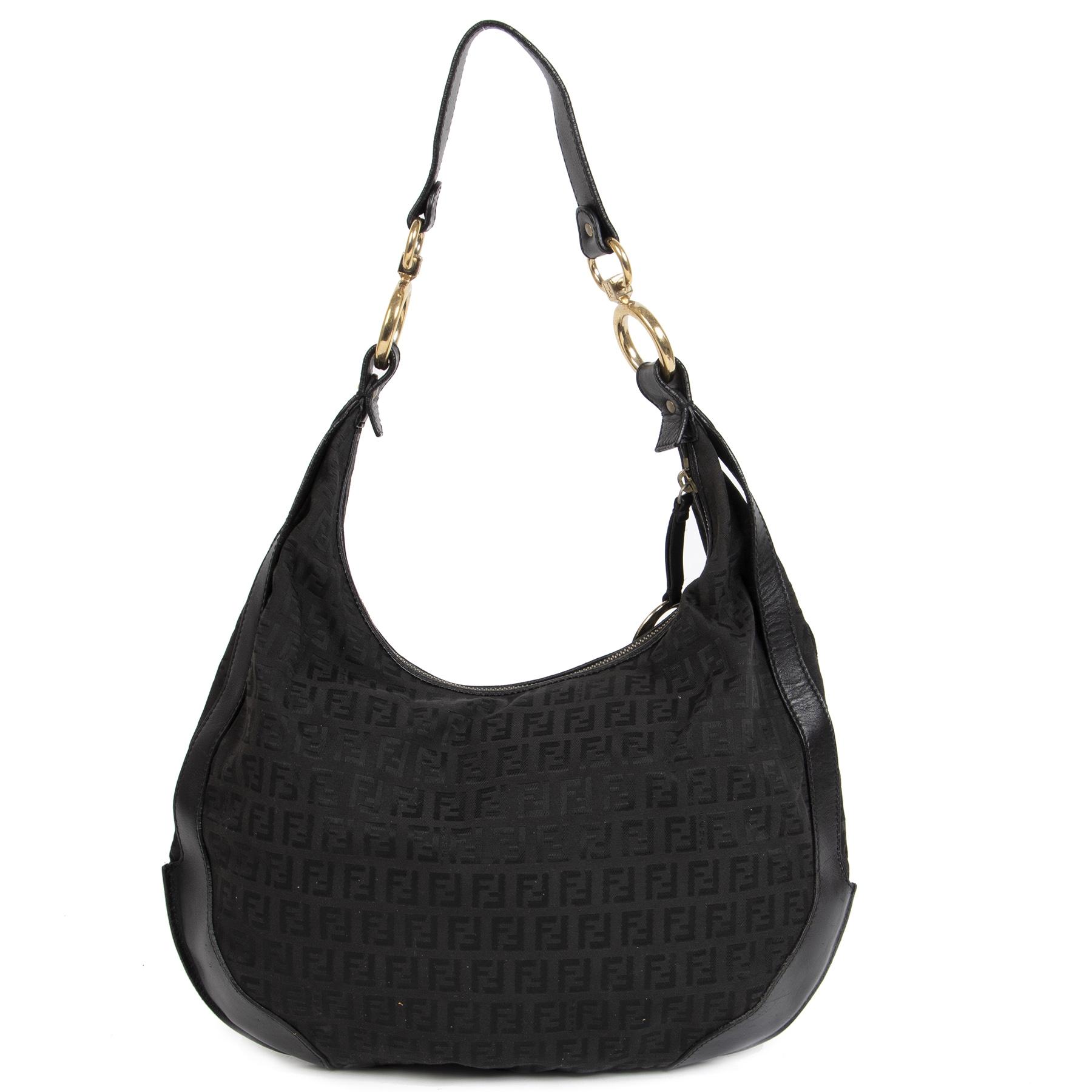Authentieke Tweedehands Fendi Black Zucca Monogram Canvas Hobo Bag juiste prijs veilig online shoppen luxe merken webshop winkelen Antwerpen België mode fashion