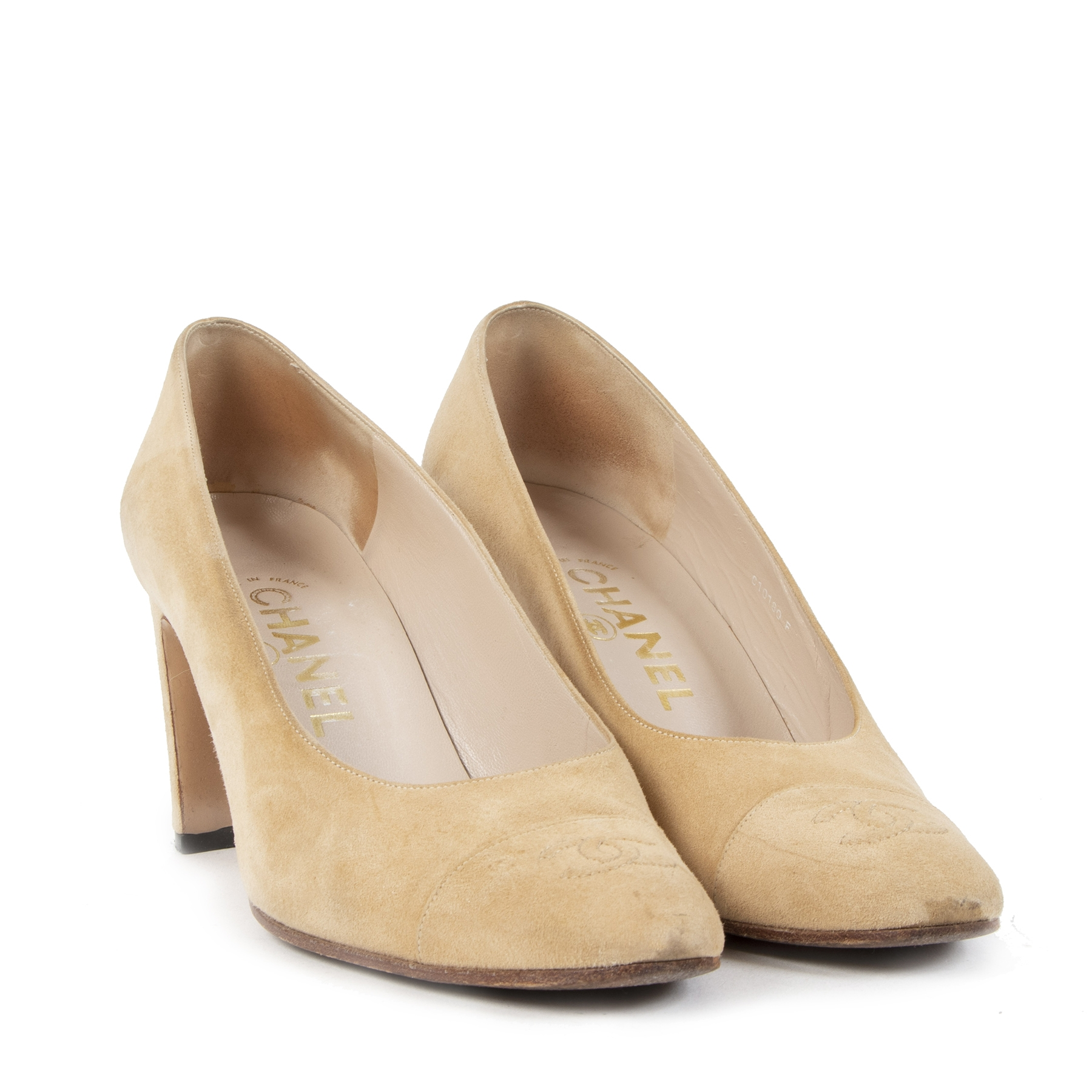 shop safe online your secondhand Chanel Beige Suede Pumps - Size 37,5