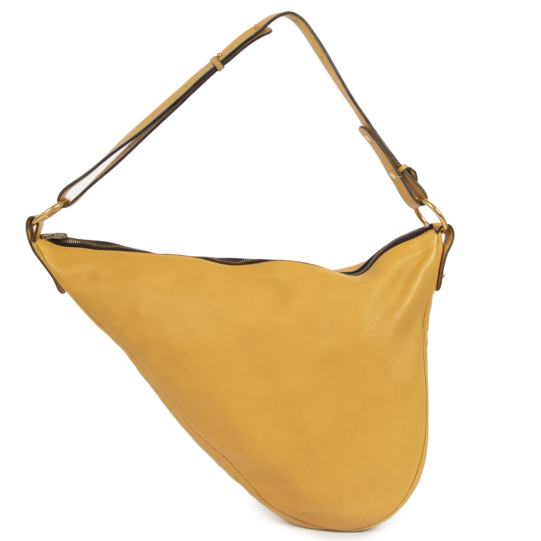 Authentic secondhand Delvaux Ochre Yellow Sling Leather Bag designer bags designer accessories luxury vintage webshop worldwide shipping fashion safe secure online shopping