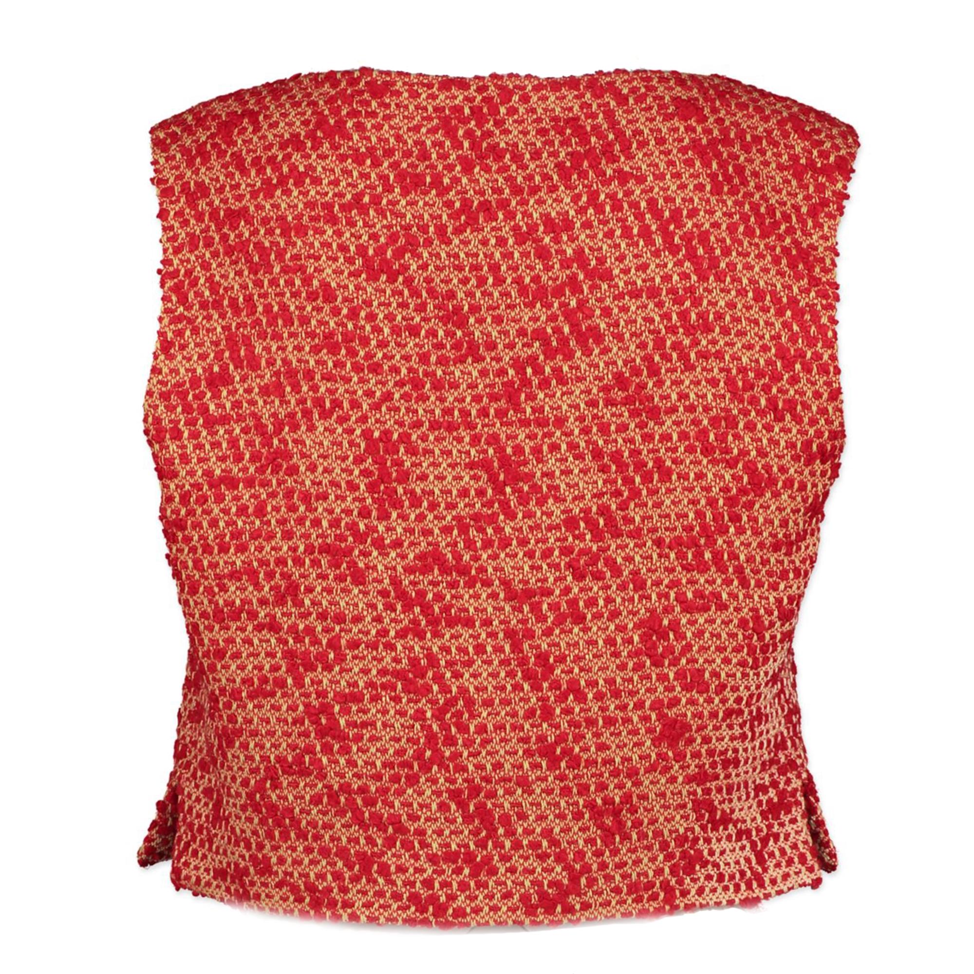 Koop en verkoop uw authentieke designer Chanel Bouclé Red Top - size FR36