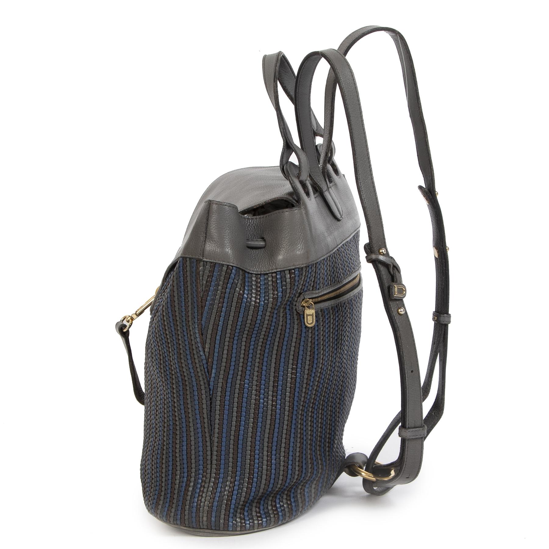 Authentieke Delvaux Toile De Cuir Blue Grey Backpack tweedehands aan de juiste prijs online LabelLOV in alle veiligheid luxe merken winkelen Antwerpen België