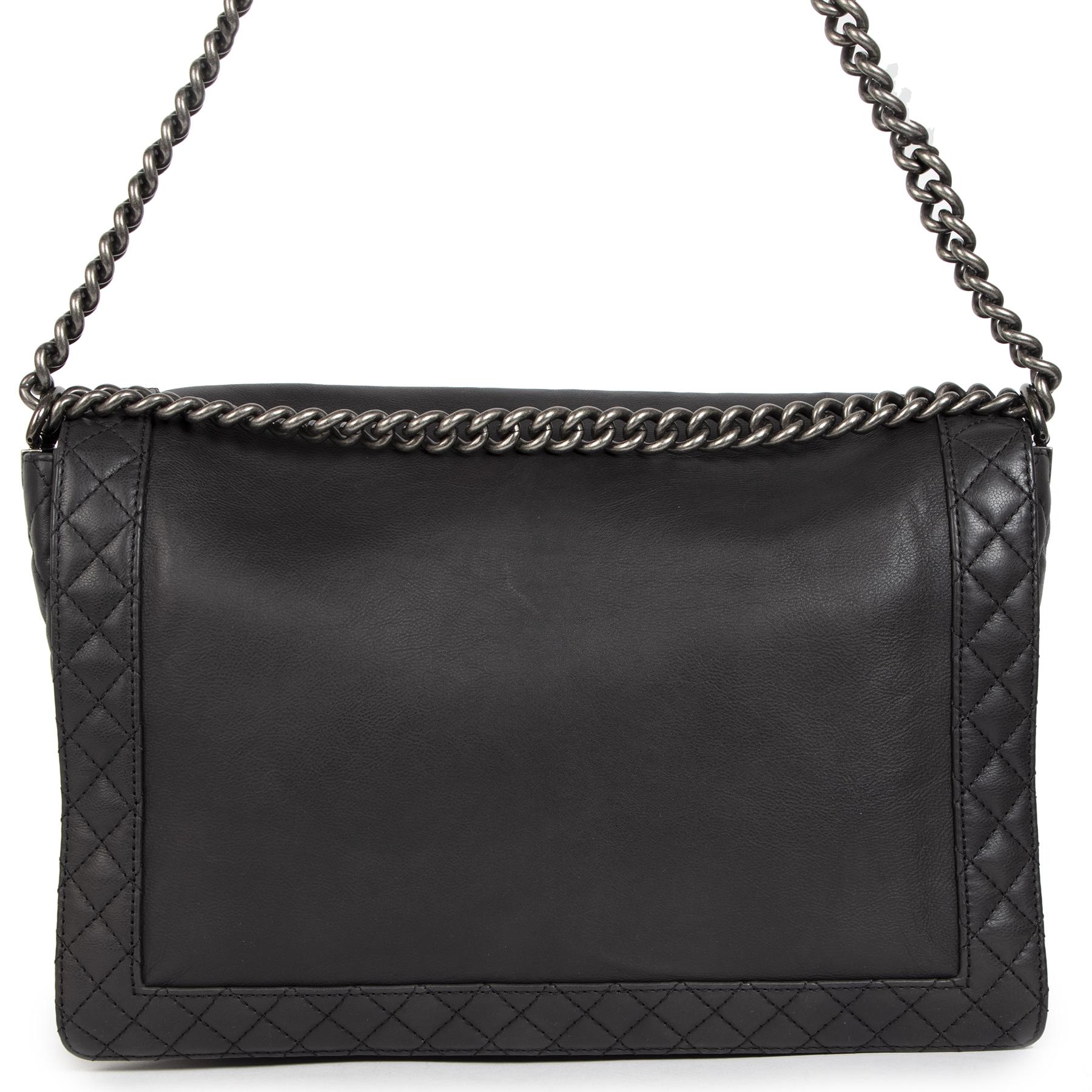 Authentieke Tweedehands Chanel XL Le Boy Reverso Bag juiste prijs veilig online shoppen luxe merken webshop winkelen Antwerpen België mode fashion
