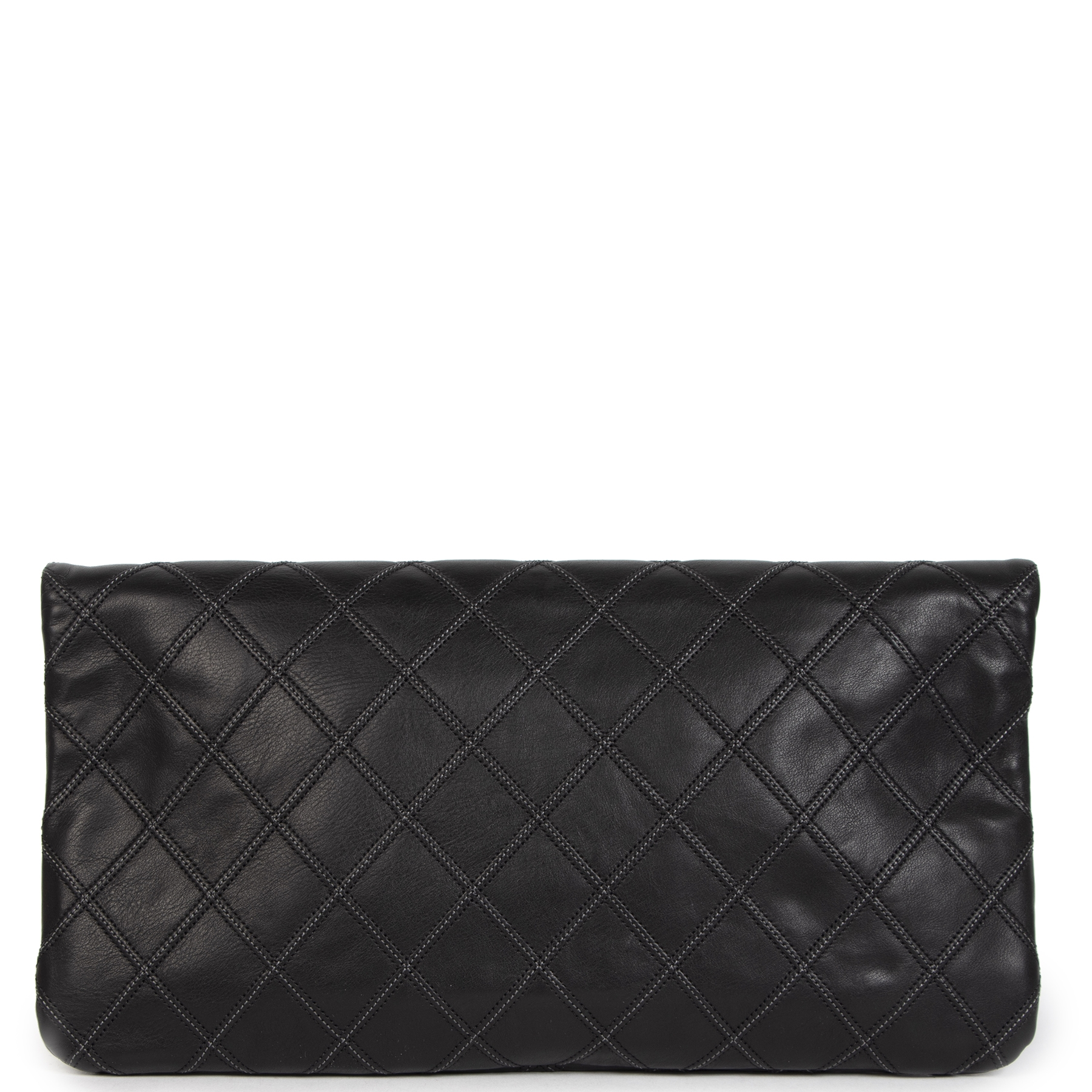 We buy and sell your authentic Chanel Black Quilted Clutch Bag for the best price