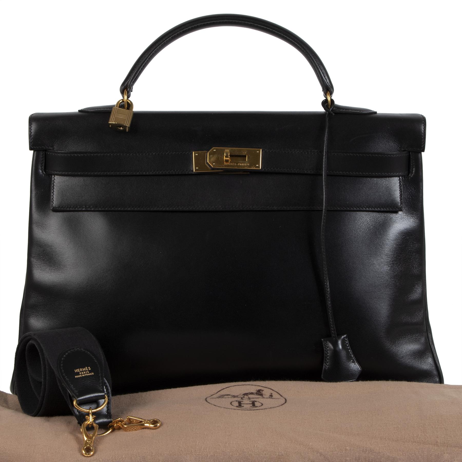 Authentieke tweedehands vintage Hermès Kelly 40 Black Boxcalf  koop online webshop LabelLOV