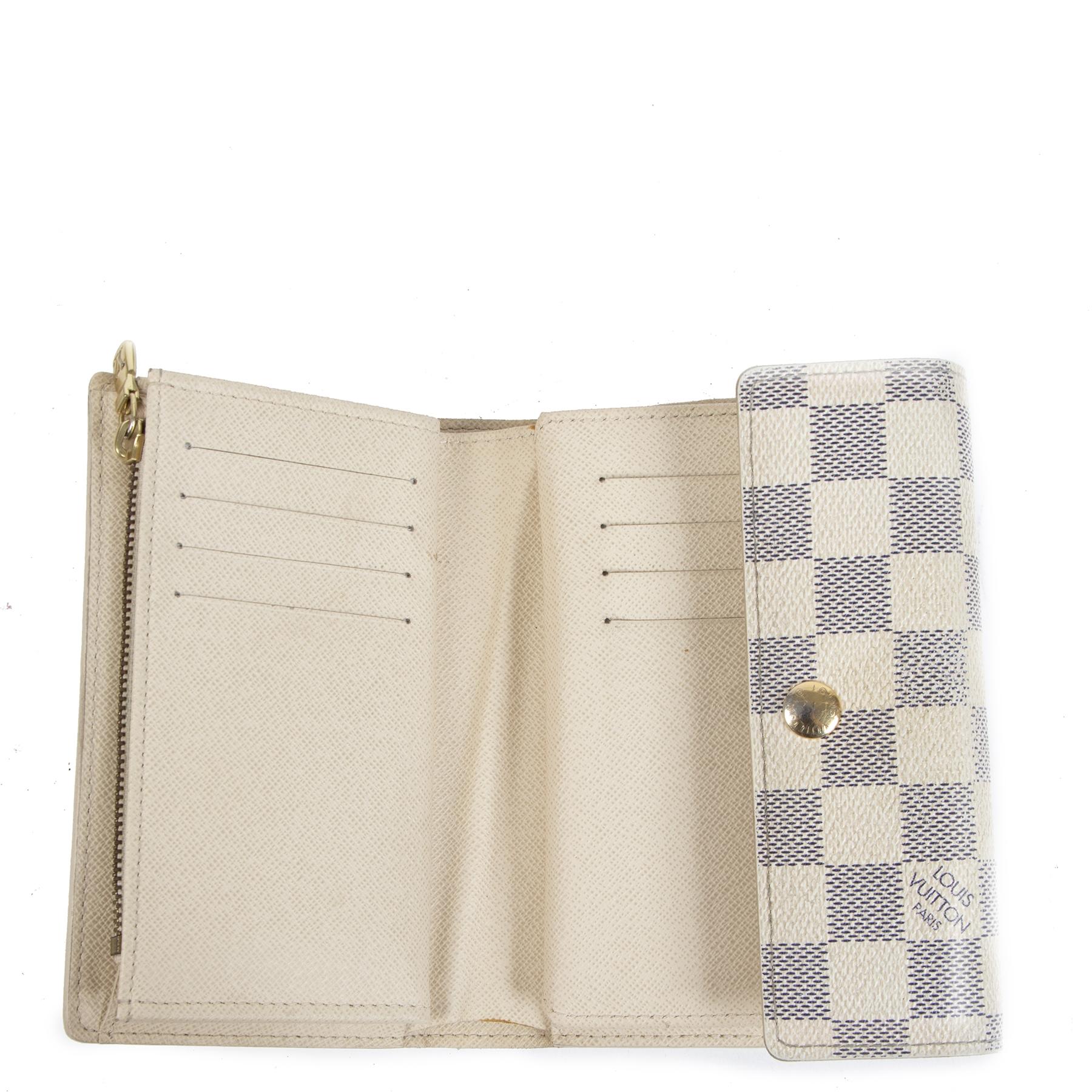 Authentic second-hand vintage Louis Vuitton White Alexandra Damier Azur Canvas Wallet buy online webshop LabelLOV