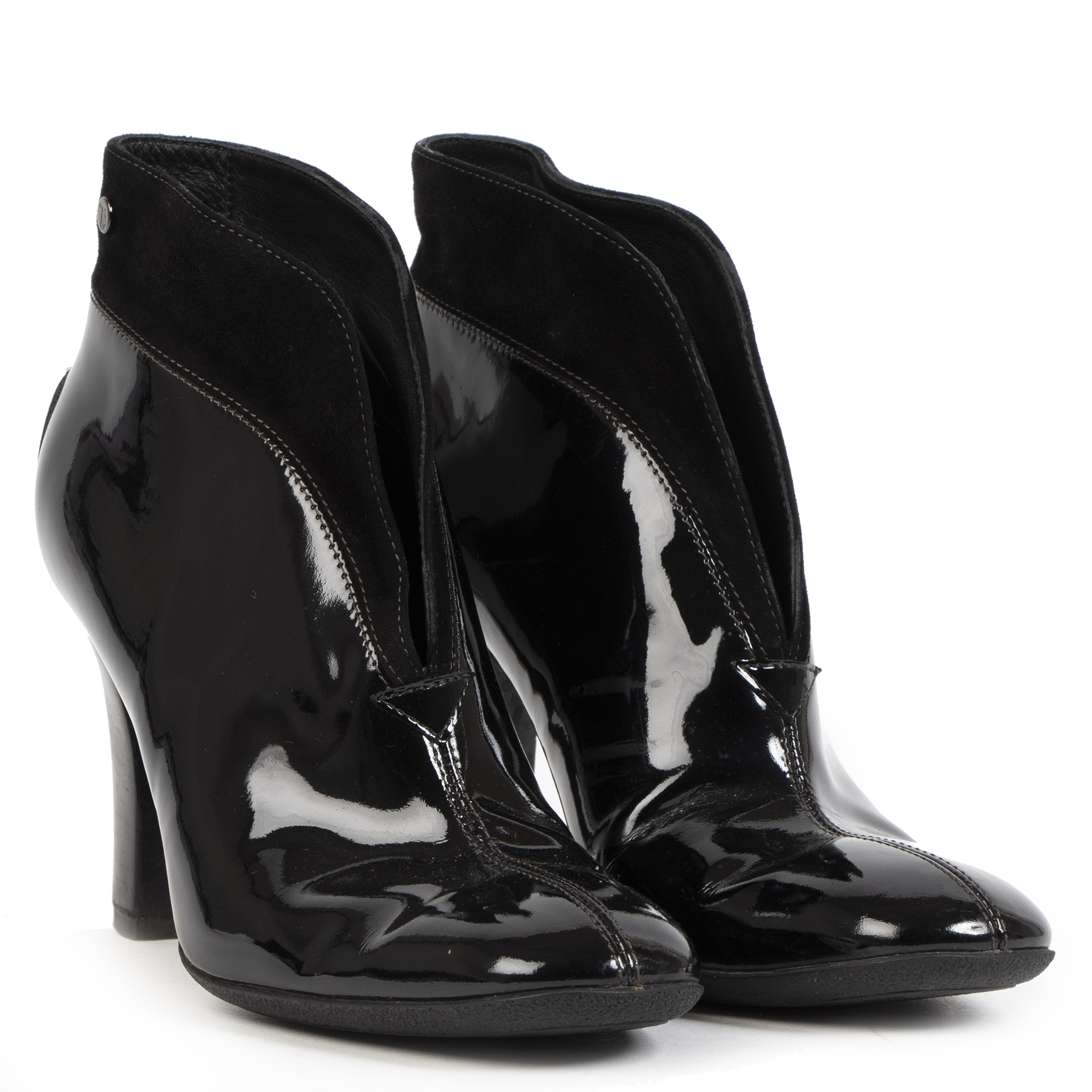 Authentique seconde-main vintage Tod's Black Patent Leather Ankle Boot - Size 38 achète en ligne webshop LabelLOV