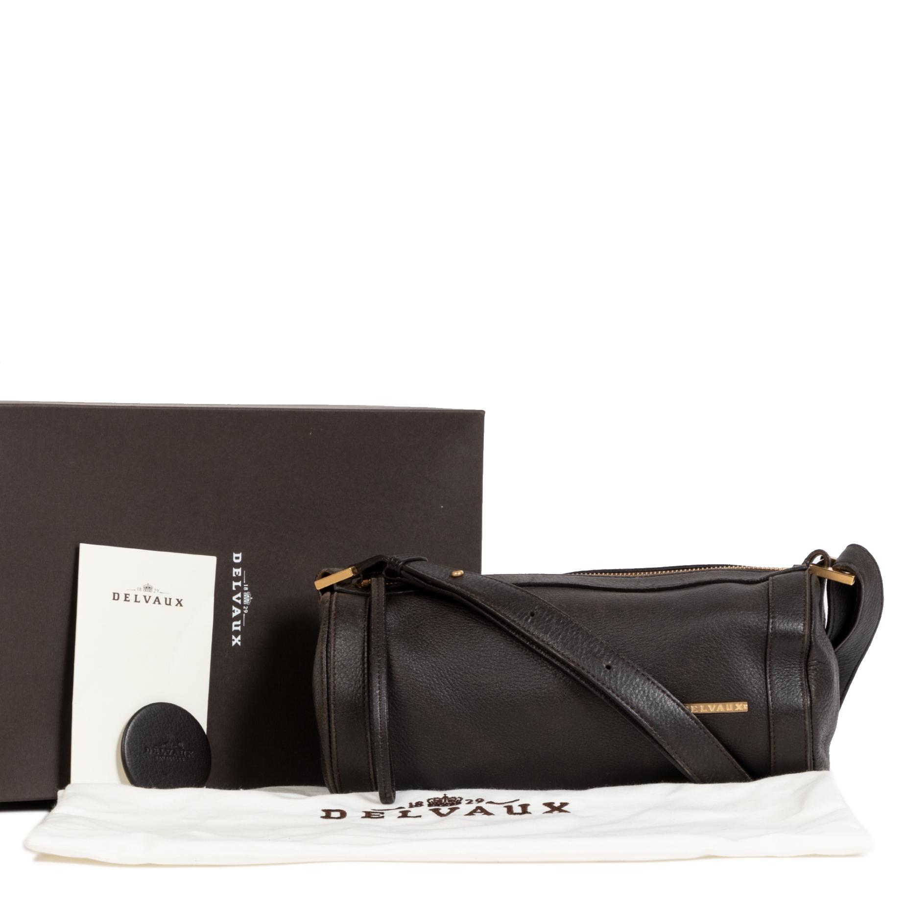 Achetez des sacs Delvaux comme Brown Lily Amber Bag pour le meilleur prix chez Labellov à Anvers Belgique