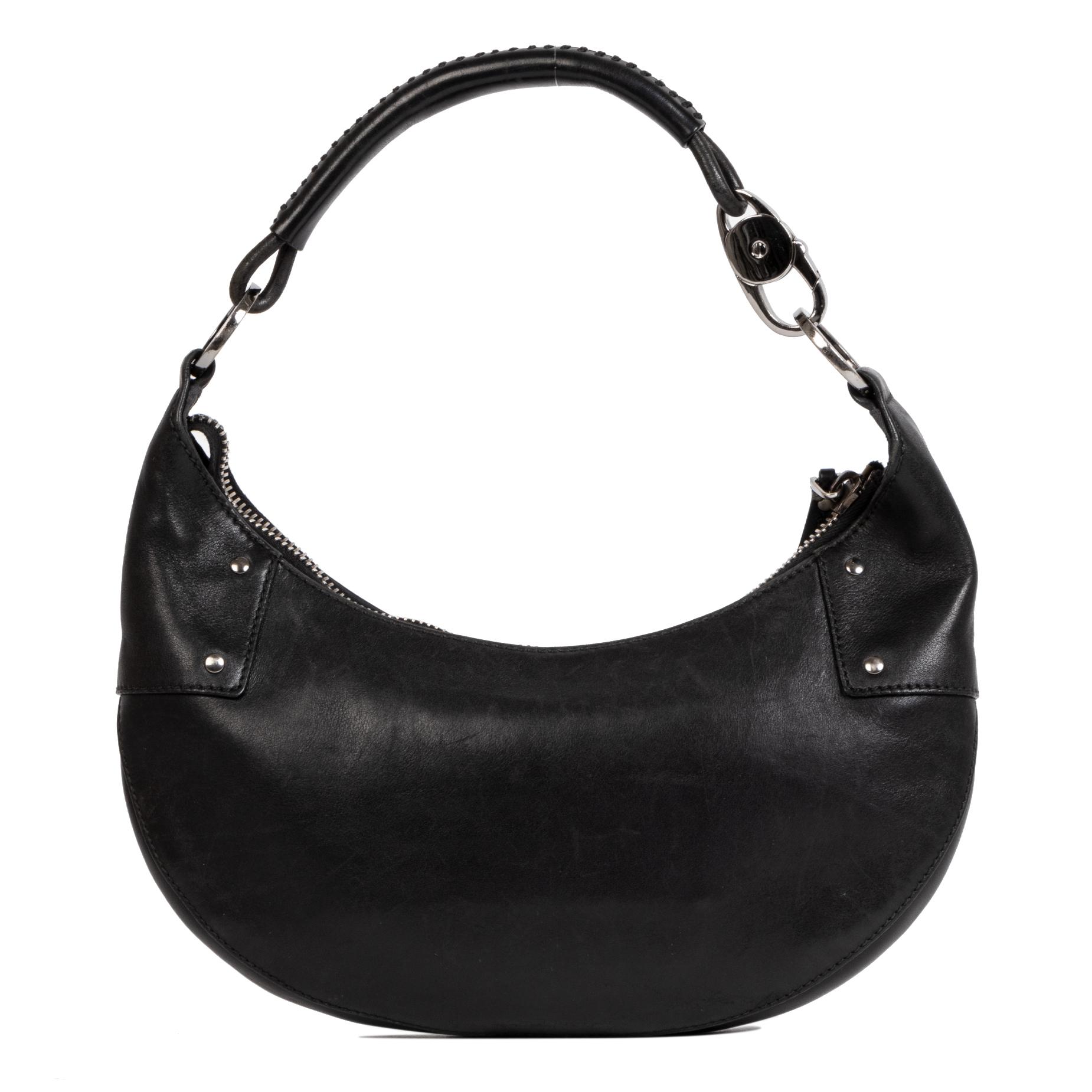 Gucci Black Leather Half Moon Bag pour le meilleur prix chez Labellov à Anvers Belgique